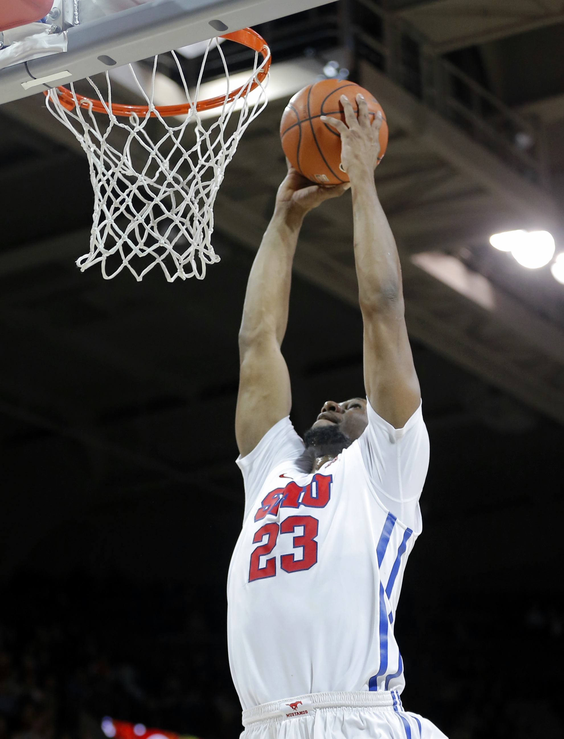 SMU forward Jordan Tolbert dunks during the second half of an NCAA college basketball game against Hampton, Thursday, Dec. 17, 2015, in Dallas. SMU won 105-72. (AP Photo/Brandon Wade)