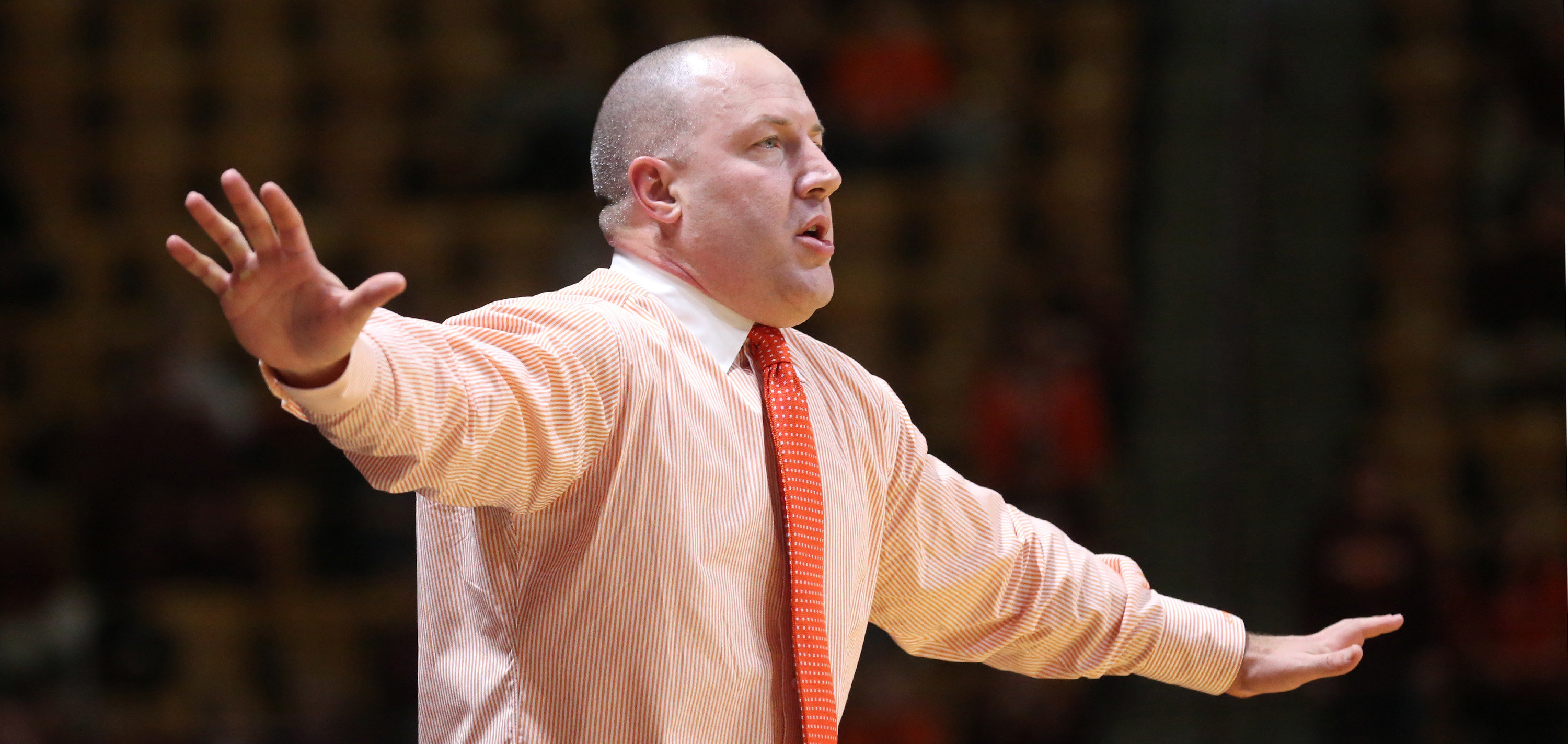 Virginia Tech head coach Buzz Williams coaches from the sideline in the first half of an NCAA college basketball game against North Carolina State in Blacksburg, Va., Saturday, Jan. 2, 2016. (Matt Gentry /The Roanoke Times via AP) LOCAL TELEVISION OUT; SA