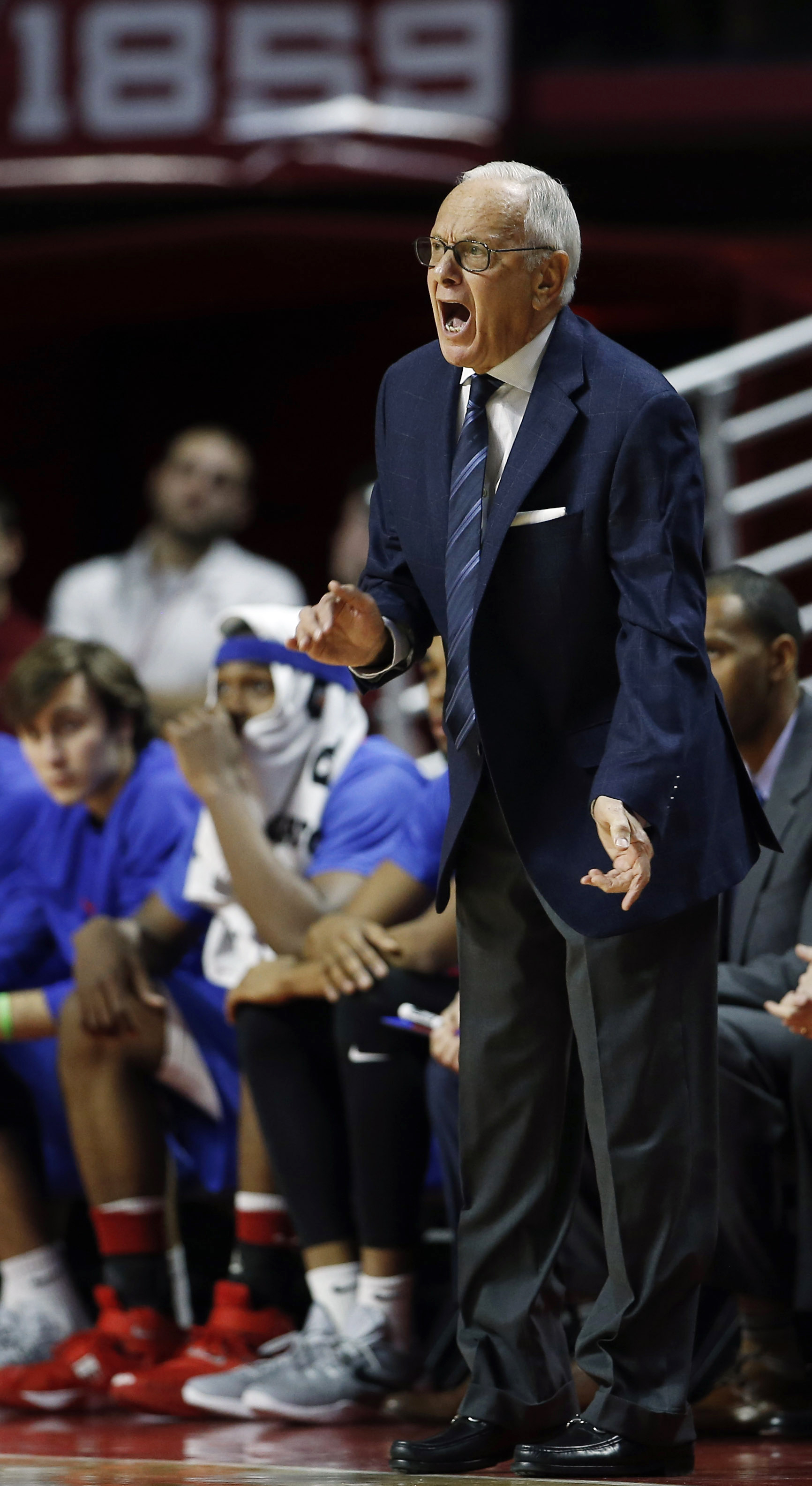 SMU head coach Larry Brown yells to his team during the first half of an NCAA college basketball game against Temple, Sunday, Jan. 24, 2016, in Philadelphia. (AP Photo/Matt Slocum)