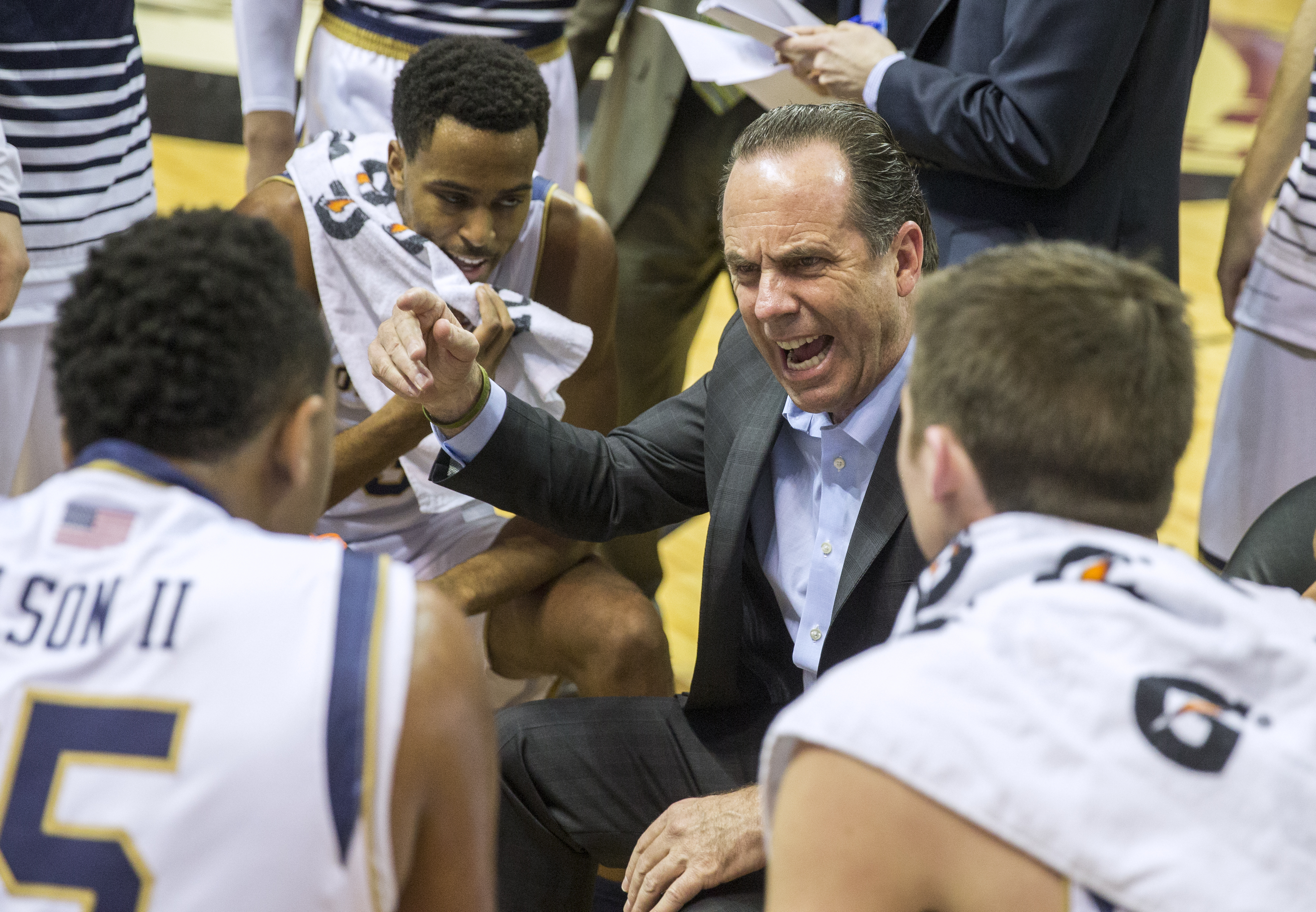 Notre Dame head coach Mike Brey instructs his team during the first half of an NCAA college basketball game against Florida State in Tallahassee, Fla., Saturday, Feb. 27, 2016. (AP Photo/Mark Wallheiser)