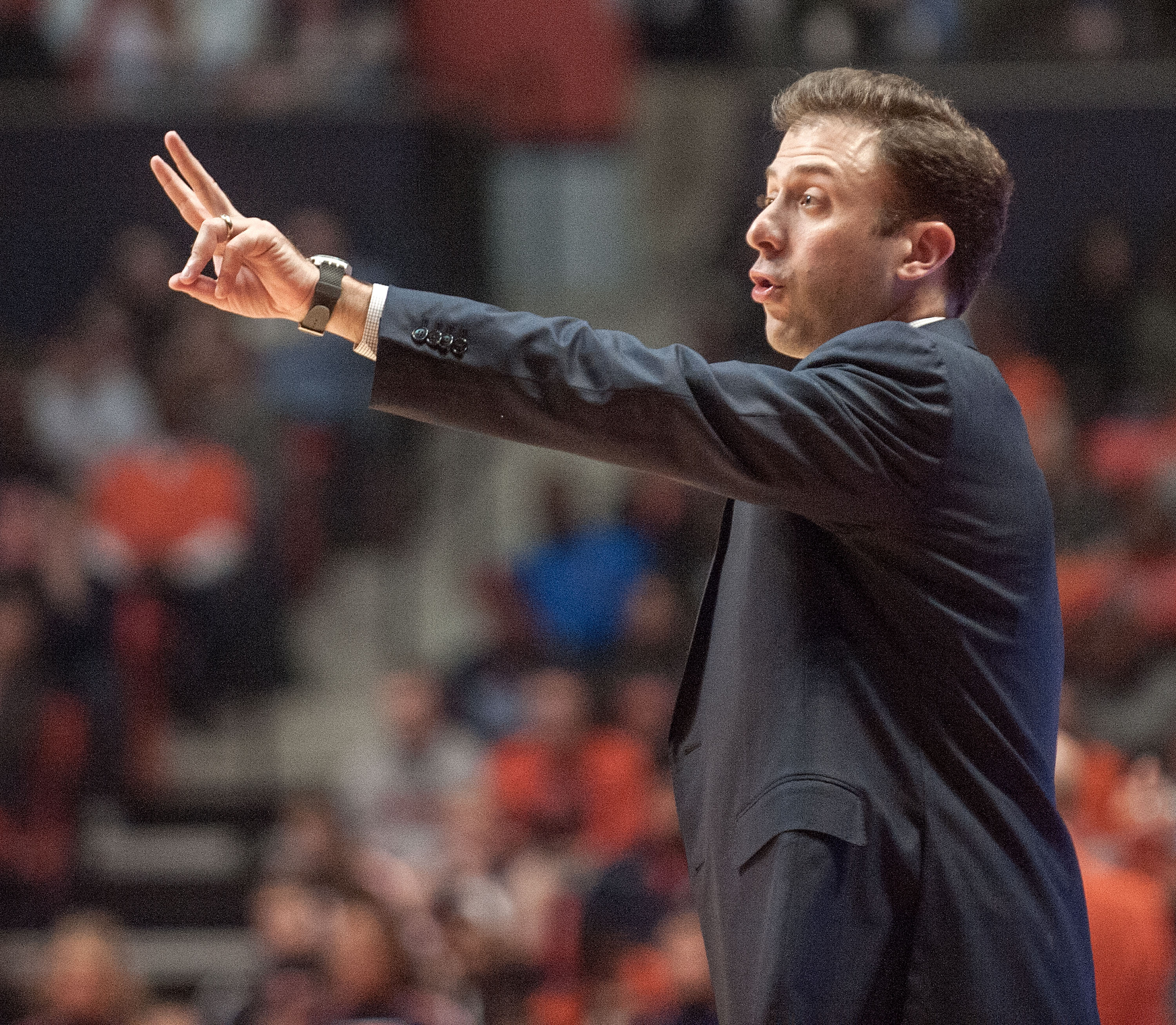 Minnesota head coach Richard Pitino directs his team during the first half of an NCAA college basketball game against Illinois in Champaign, Ill., Sunday Feb. 28, 2016. (AP Photo/Rick Danzl)