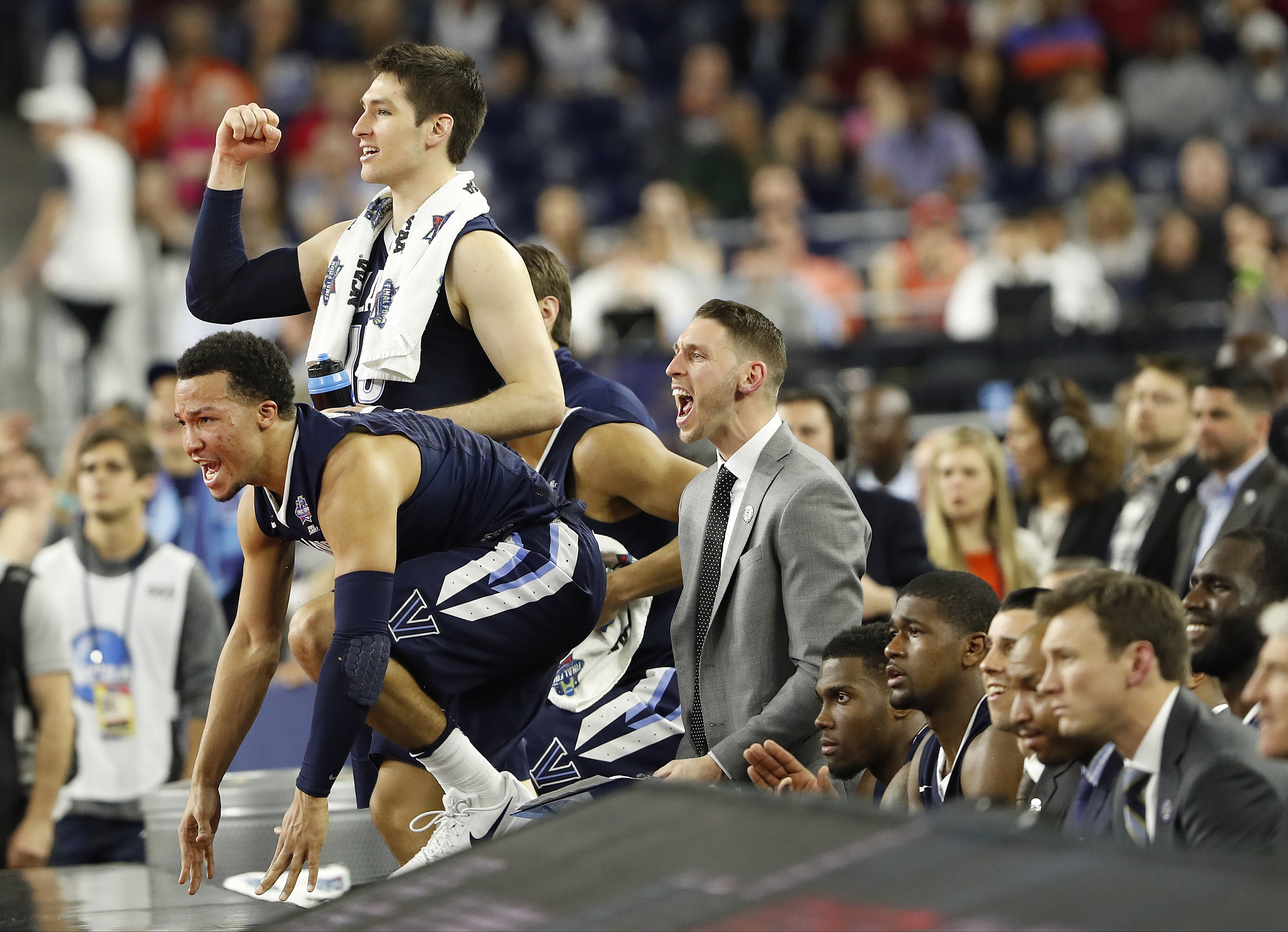 The Villanova bench reacts to play against Oklahoma during the second half of the NCAA Final Four tournament college basketball semifinal game Saturday, April 2, 2016, in Houston. (AP Photo/Eric Gay)