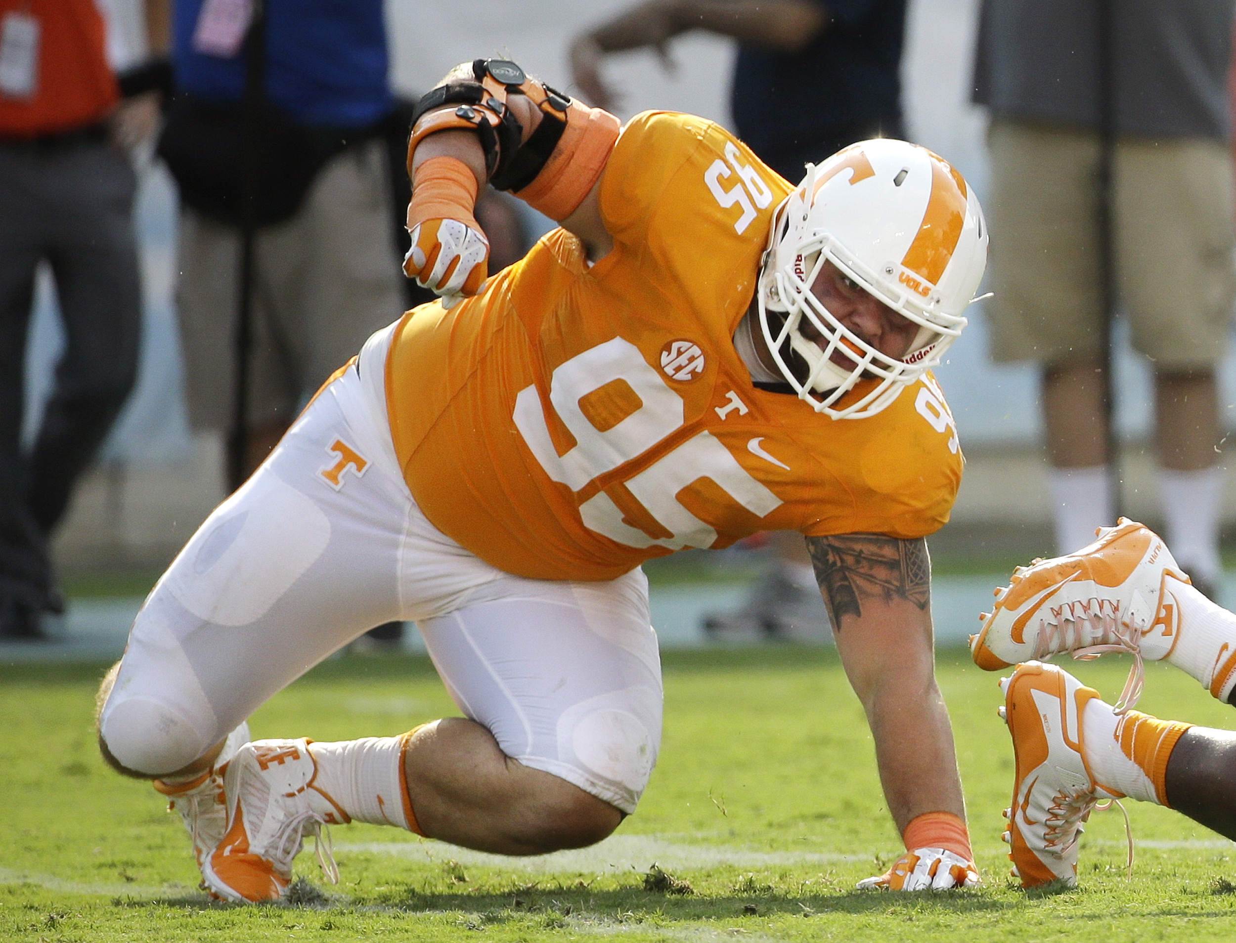 In this Sept. 5, 2015, photo, Tennessee defensive lineman Danny O'Brien (95) plays in the Vols' 59-30 win over Bowling Green in Nashville. O'Brien has been suspended for what Volunteers coach Butch Jones described as a violation of team rules and policies