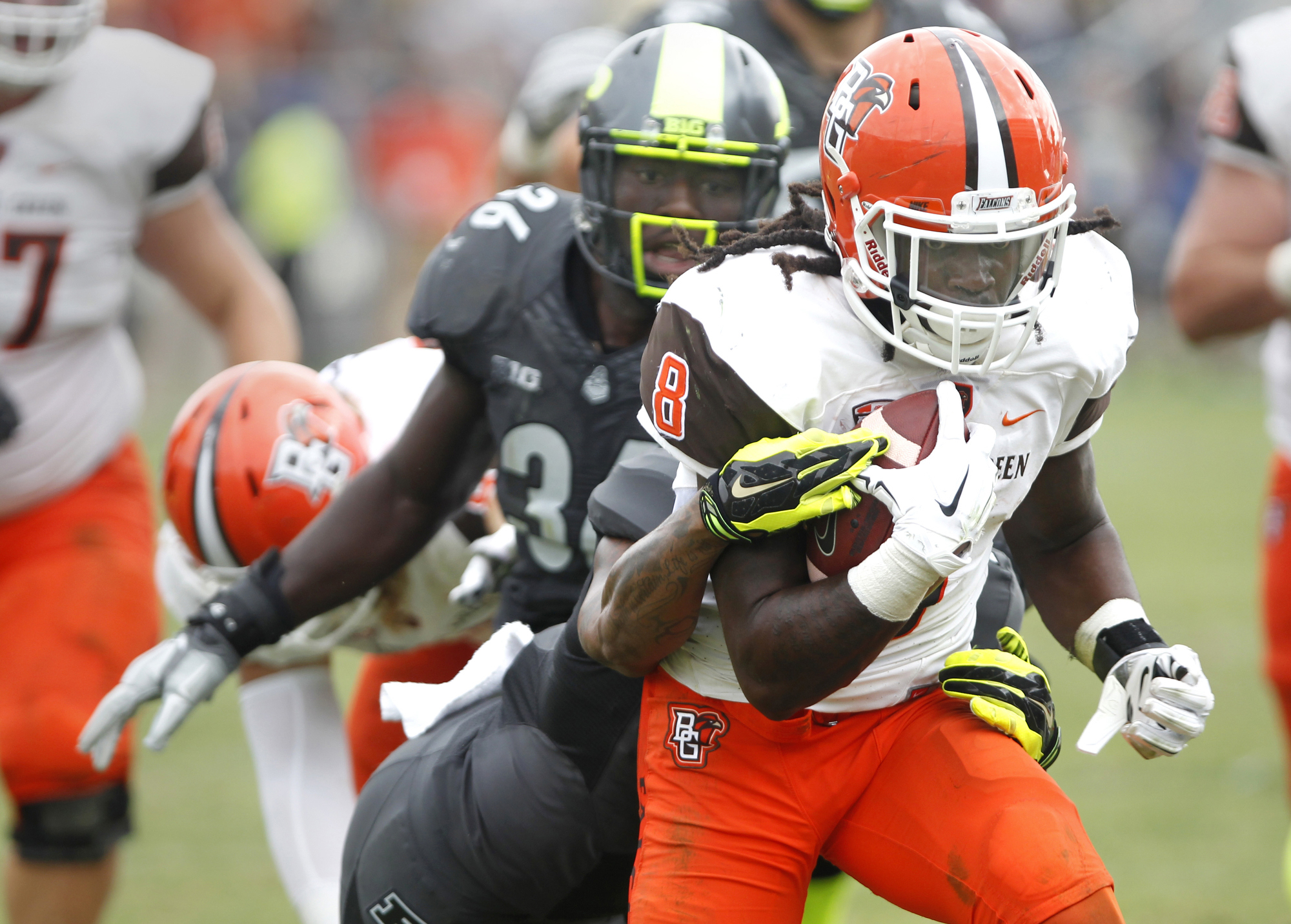 Bowling Green's Travis Greene runs for a touchdown with nine seconds remaining in the game to defeat Purdue 35-28 in an NCAA college football game Saturday, Sept. 26, 2015, in West Lafayette, Ind. (John Terhune /Journal & Courier via AP) MANDATORY CREDIT;