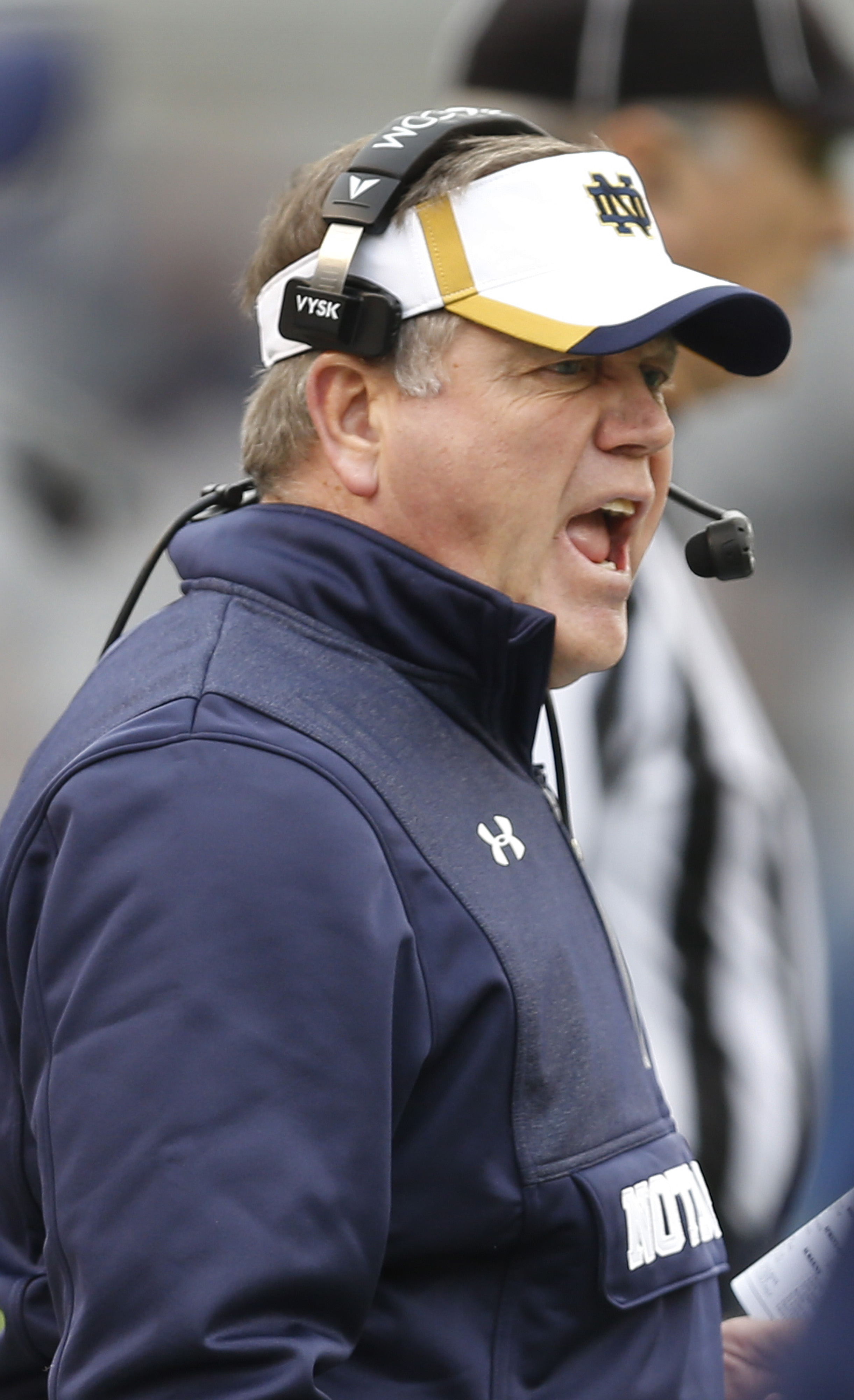 Notre Dame head coach Brian Kelly yells to his team during the fourth quarter of an NCAA football game against the Pittsburgh, Saturday, Nov. 7, 2015 in Pittsburgh. Notre Dame won 42-30. (AP Photo/Keith Srakocic)