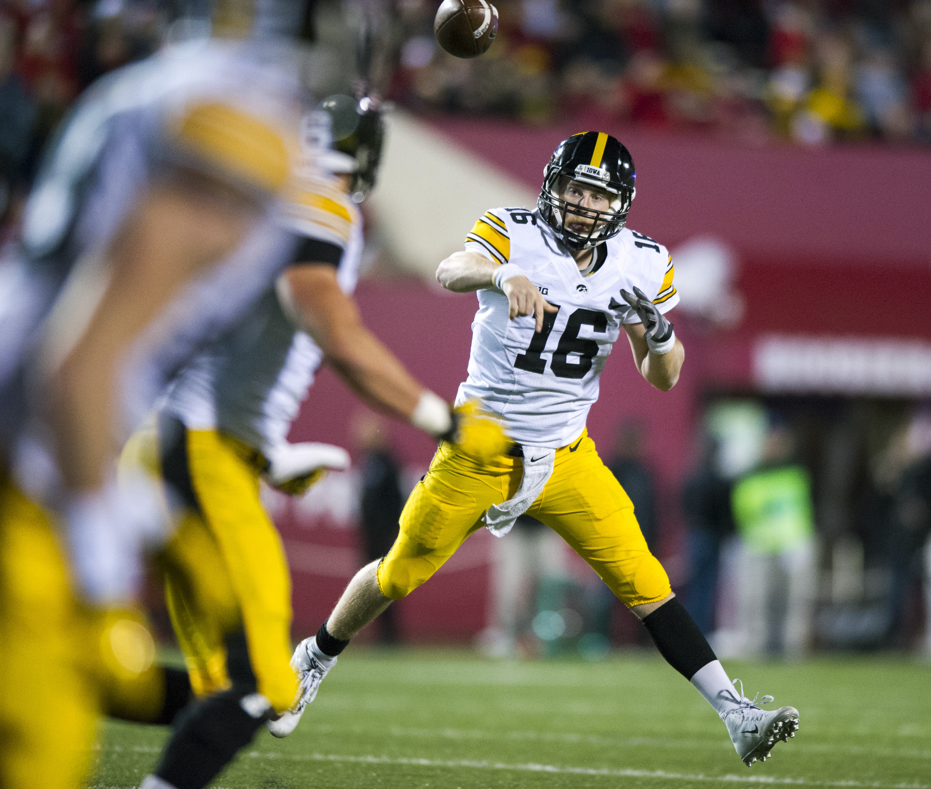 Iowa quarterback C.J. Beathard (16) passes to tight end George Kittle (46) to score against Indiana during the second half of an NCAA college football game in Bloomington, Ind., Saturday, Nov. 7, 2015. Iowa won 35-27. (AP Photo/Doug McSchooler)