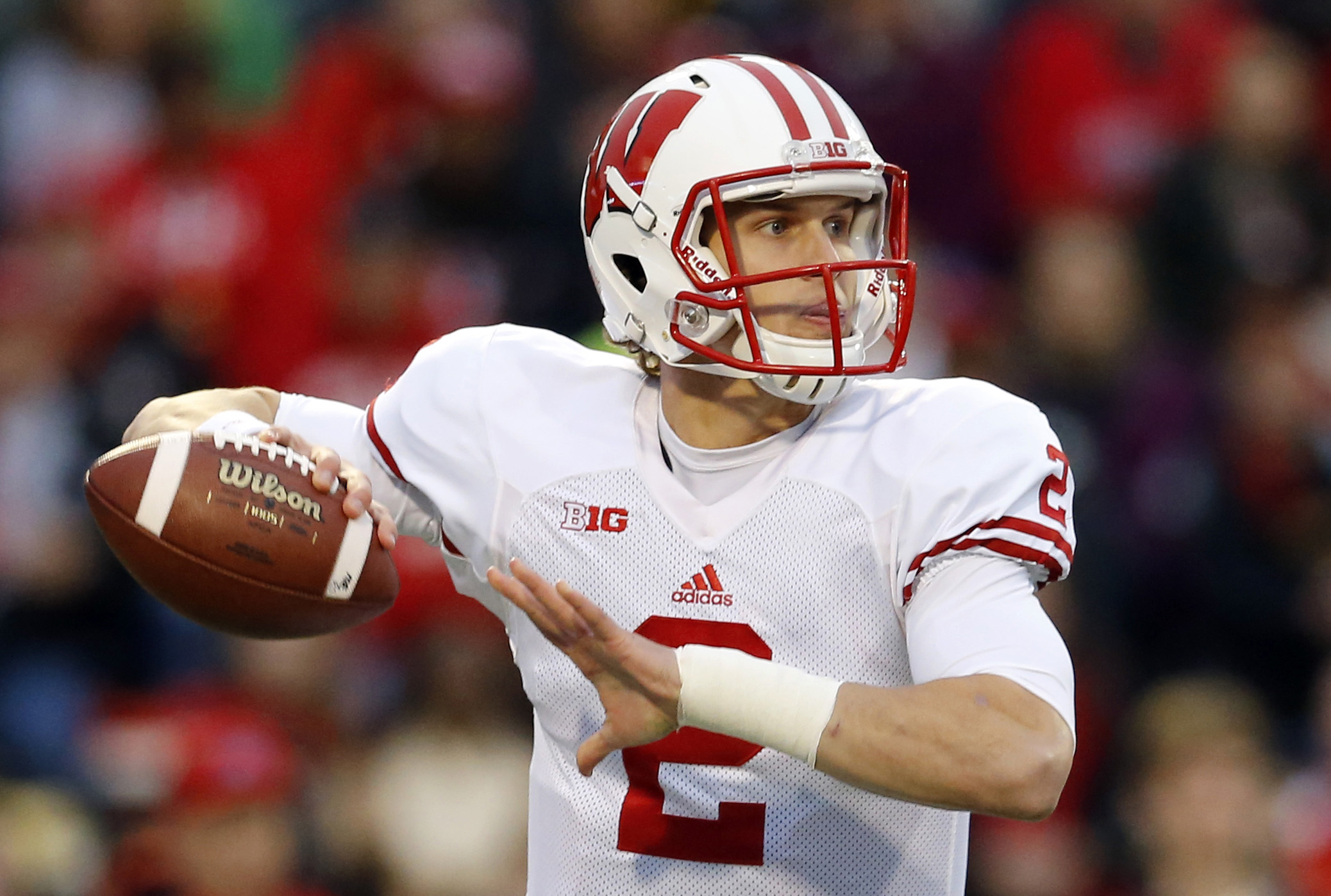FILE - In this Saturday, Nov. 7, 2015 file photo, Wisconsin quarterback Joel Stave throws to a receiver during an NCAA college football game against Maryland in College Park, Md. For all the ups and downs in his career, Stave can wind down his time at No.