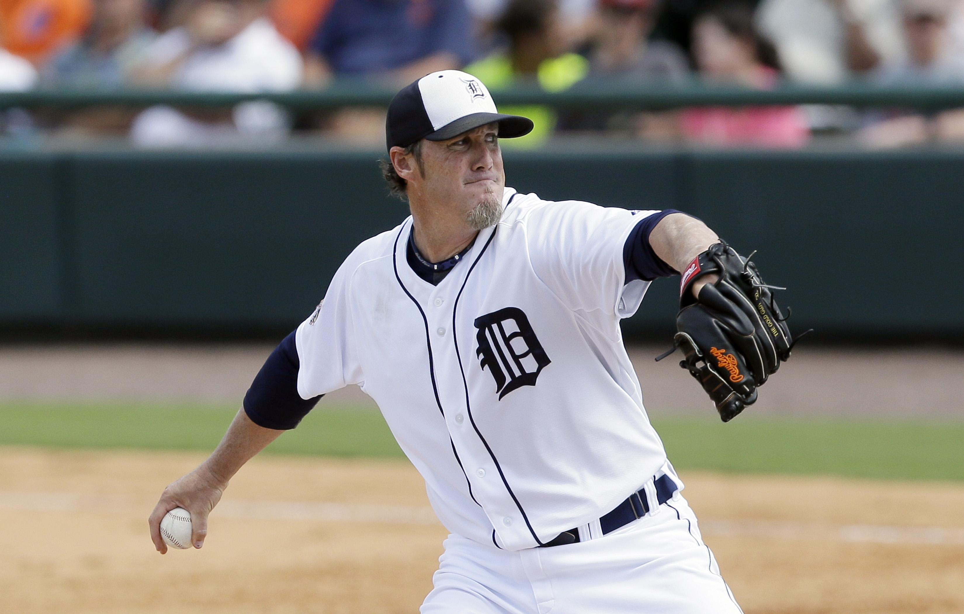 Detroit Tigers relief pitcher Joe Nathan throws during the sixth inning of a spring training exhibition baseball game against the Miami Marlins in Lakeland, Fla., Wednesday, March 25, 2015. (AP Photo/Carlos Osorio)
