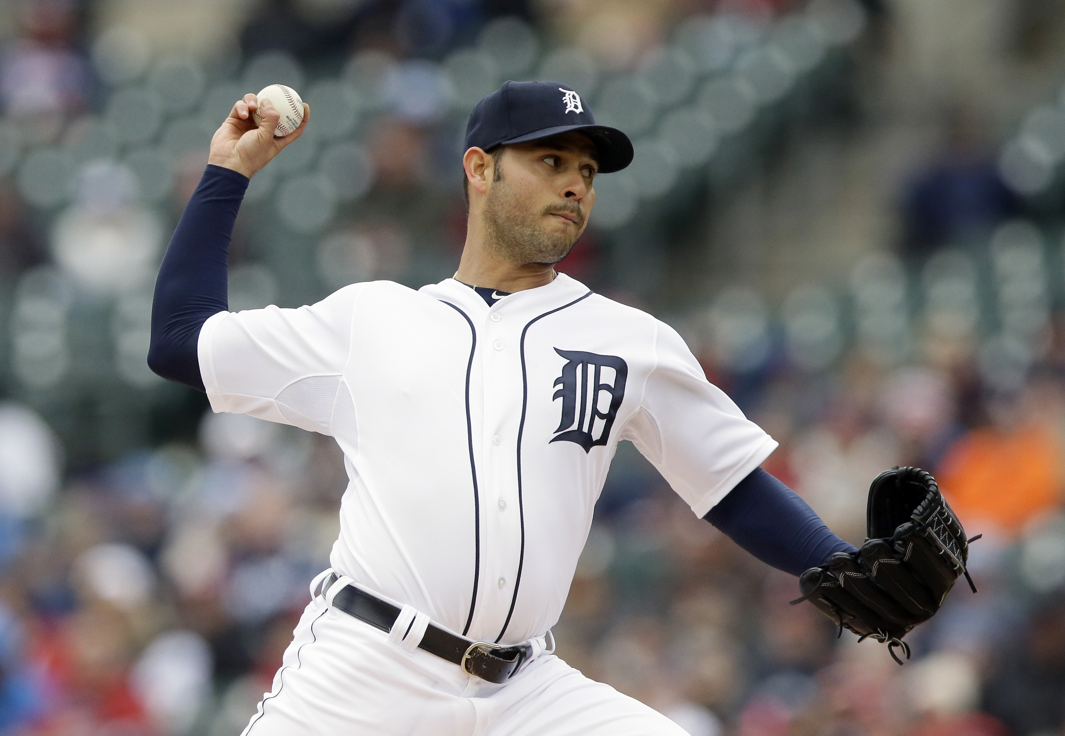 Detroit Tigers starter Anibal Sanchez throws during the first inning of a baseball game against the New York Yankees, Thursday, April 23, 2015, in Detroit. (AP Photo/Carlos Osorio)