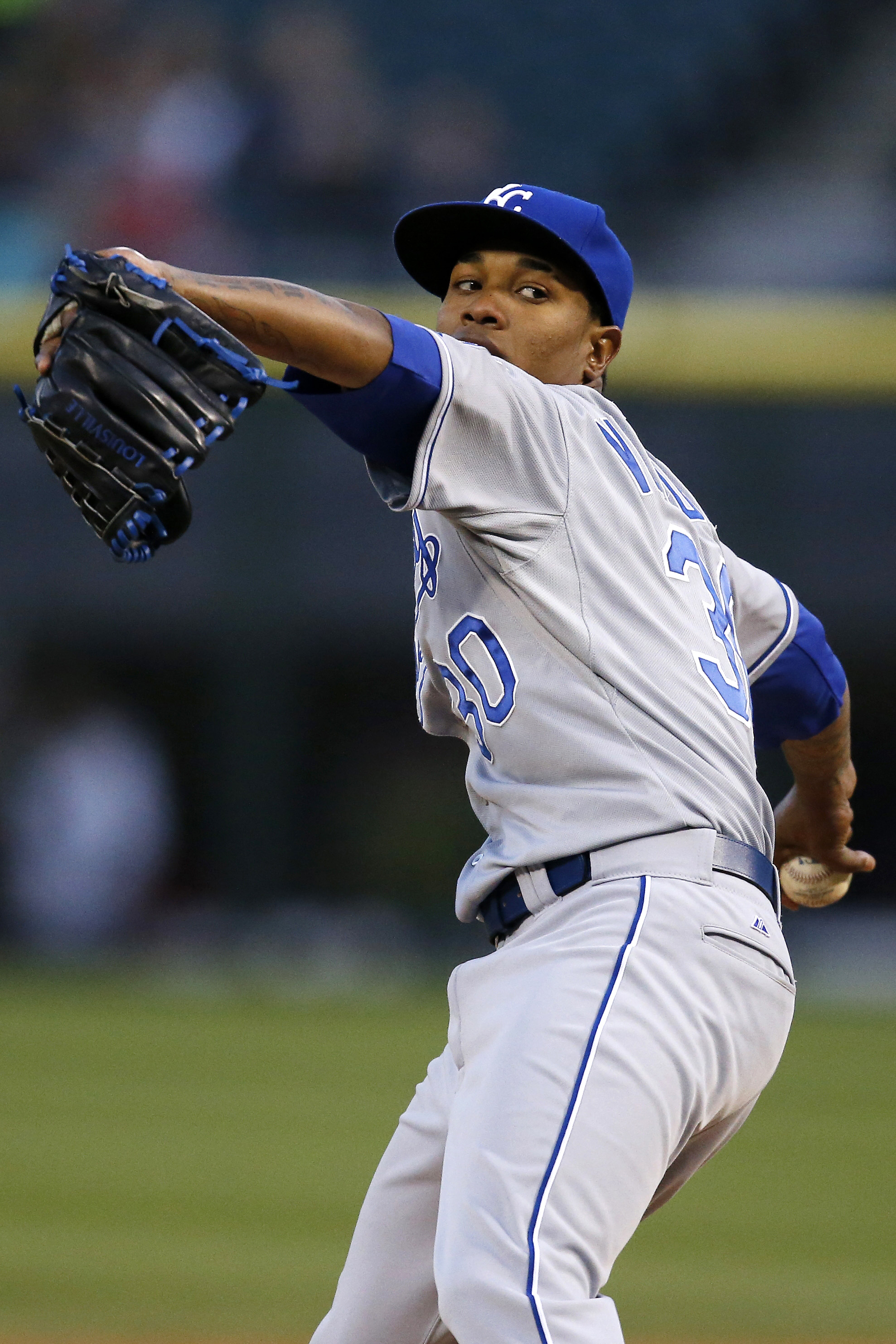 Kansas City Royals starter Yordano Ventura pitches against the Chicago White Sox during the first inning of a baseball game Thursday, April 23, 2015, in Chicago. (AP Photo/Andrew A. Nelles)