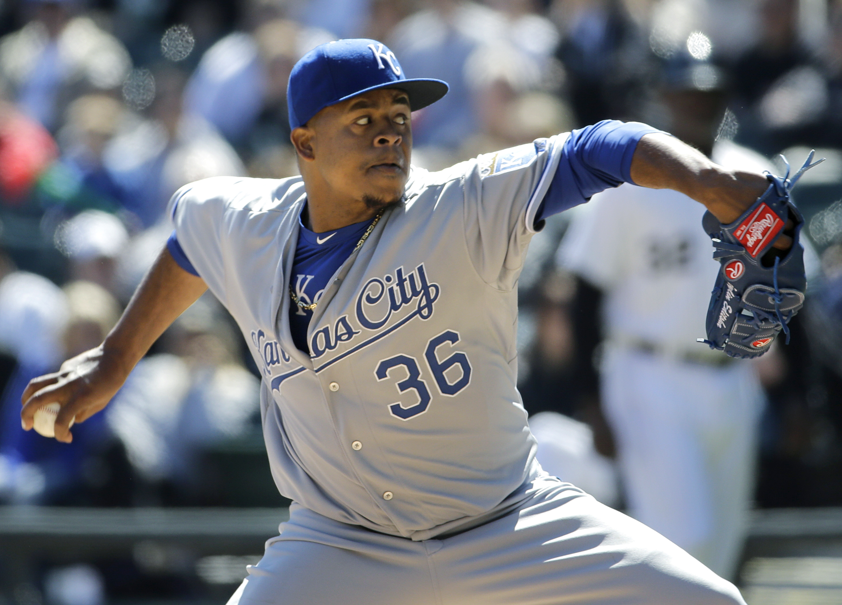 Kansas City Royals starter Edinson Volquez throws a pitch against the Chicago White Sox during the first inning of a baseball game in Chicago on Sunday, April 26, 2015. (AP Photo/Nam Y. Huh)