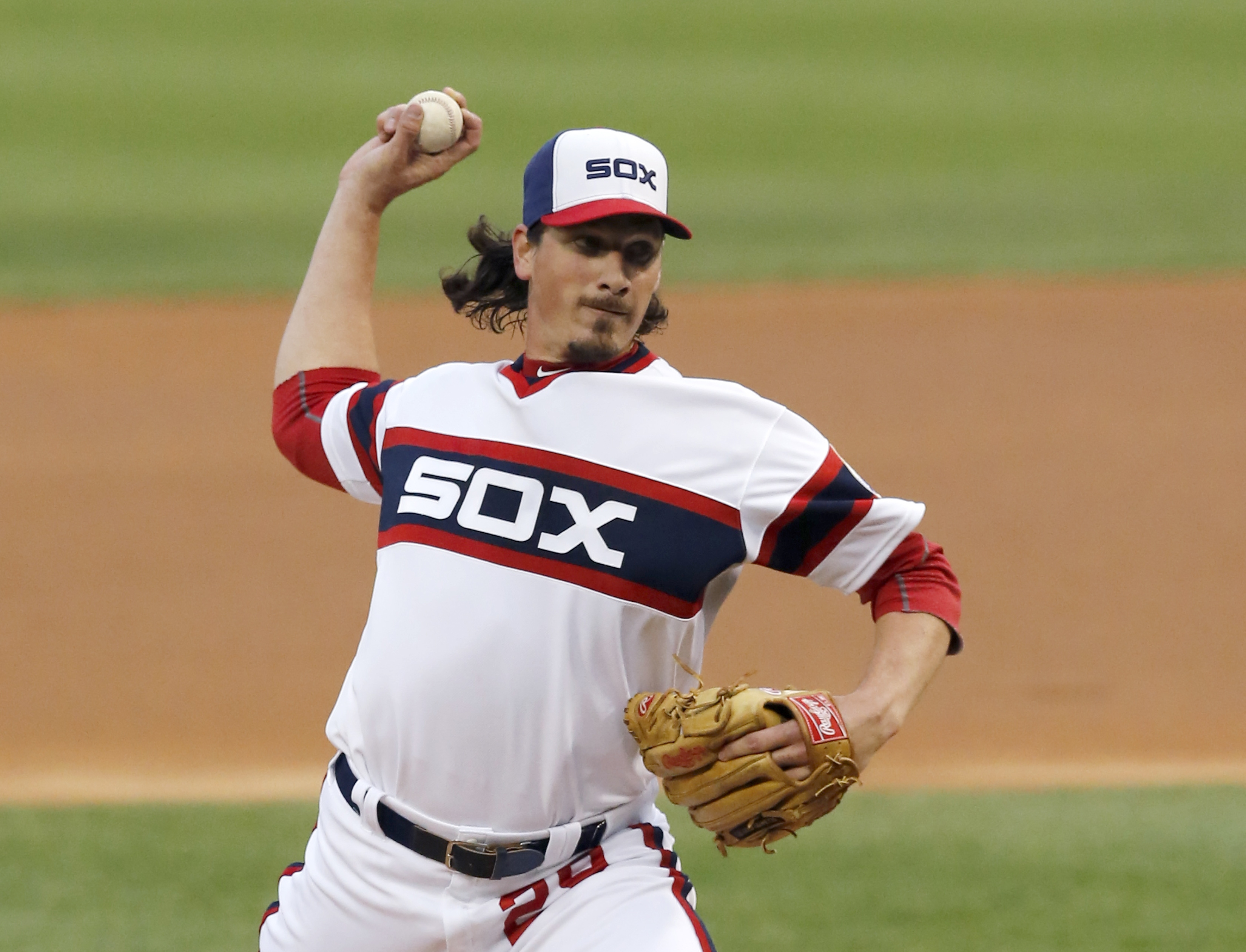 Chicago White Sox starting pitcher Jeff Samardzija delivers during the first inning of a baseball game against the Detroit Tigers Tuesday, May 5, 2015, in Chicago. (AP Photo/Charles Rex Arbogast)