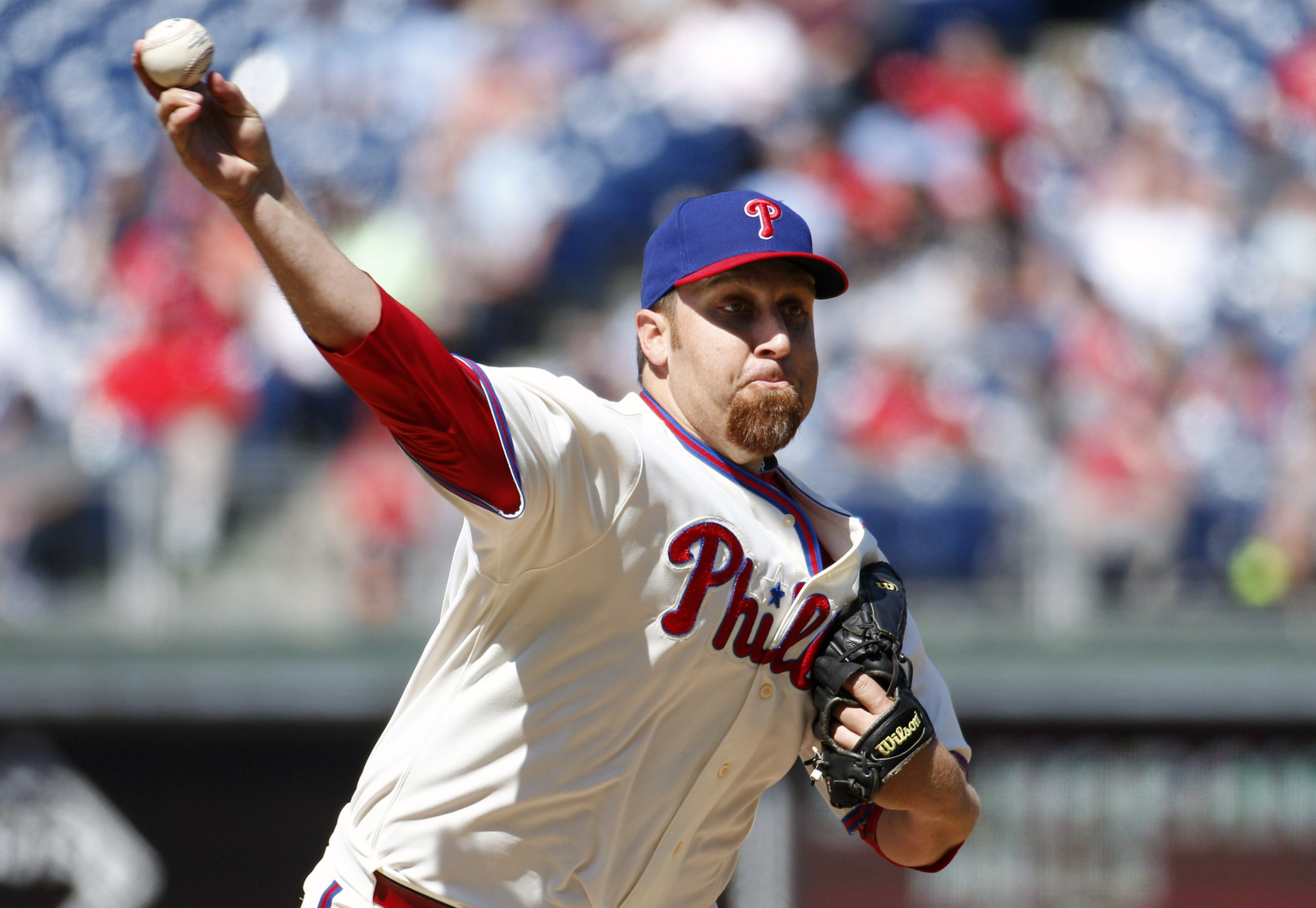 Philadelphia Phillies starting pitcher Aaron Harang throws a pitch during the eighth inning of a baseball game against the Pittsburgh Pirates, Thursday, May 14, 2015, in Philadelphia. The Phillies won 4-2. (AP Photo/Chris Szagola)