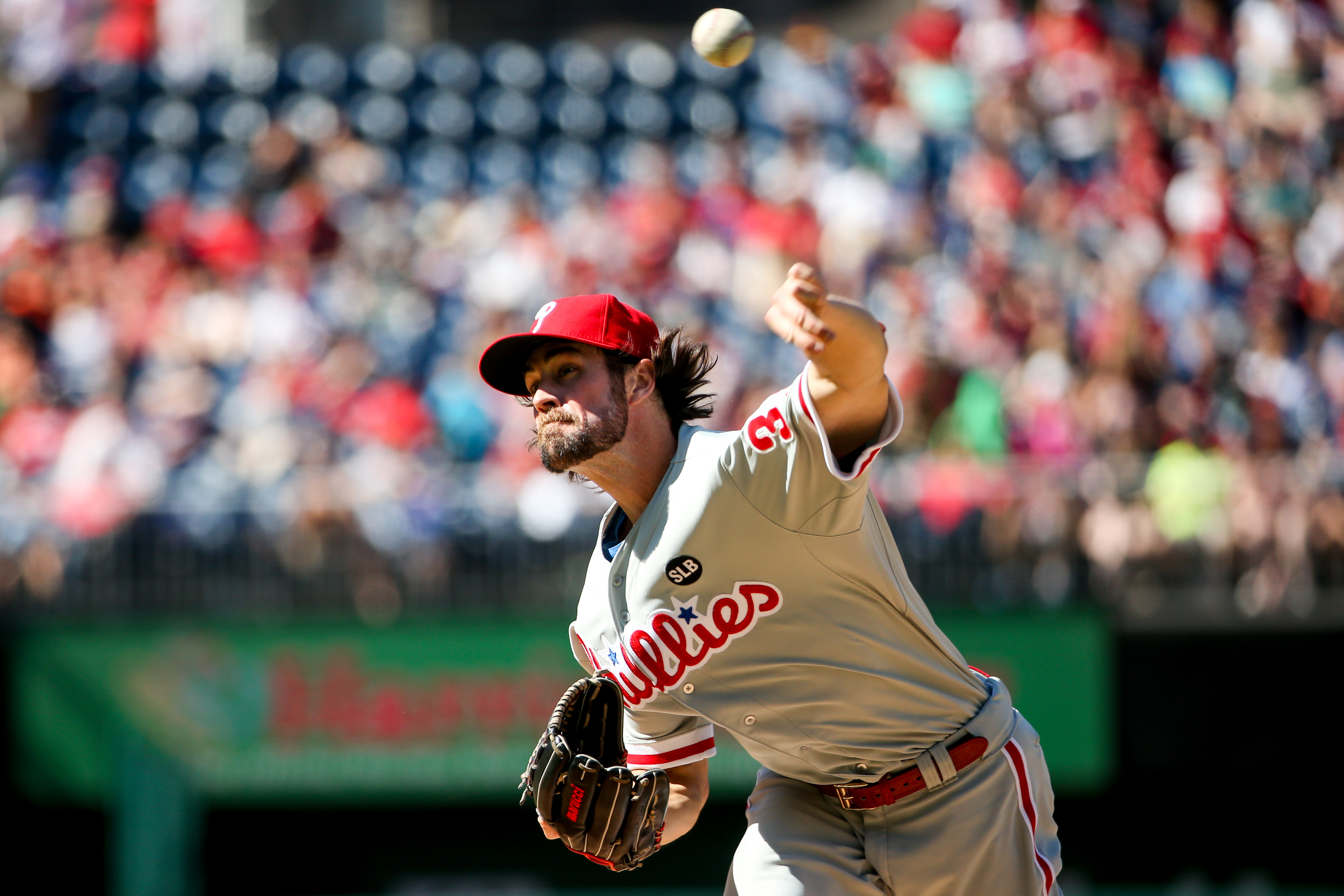 Philadelphia Phillies starting pitcher Cole Hamels (35) pitches pitches in the first inning of a baseball game against the Washington Nationals at Nationals Park, Saturday, May 23, 2015, in Washington. (AP Photo/Andrew Harnik)