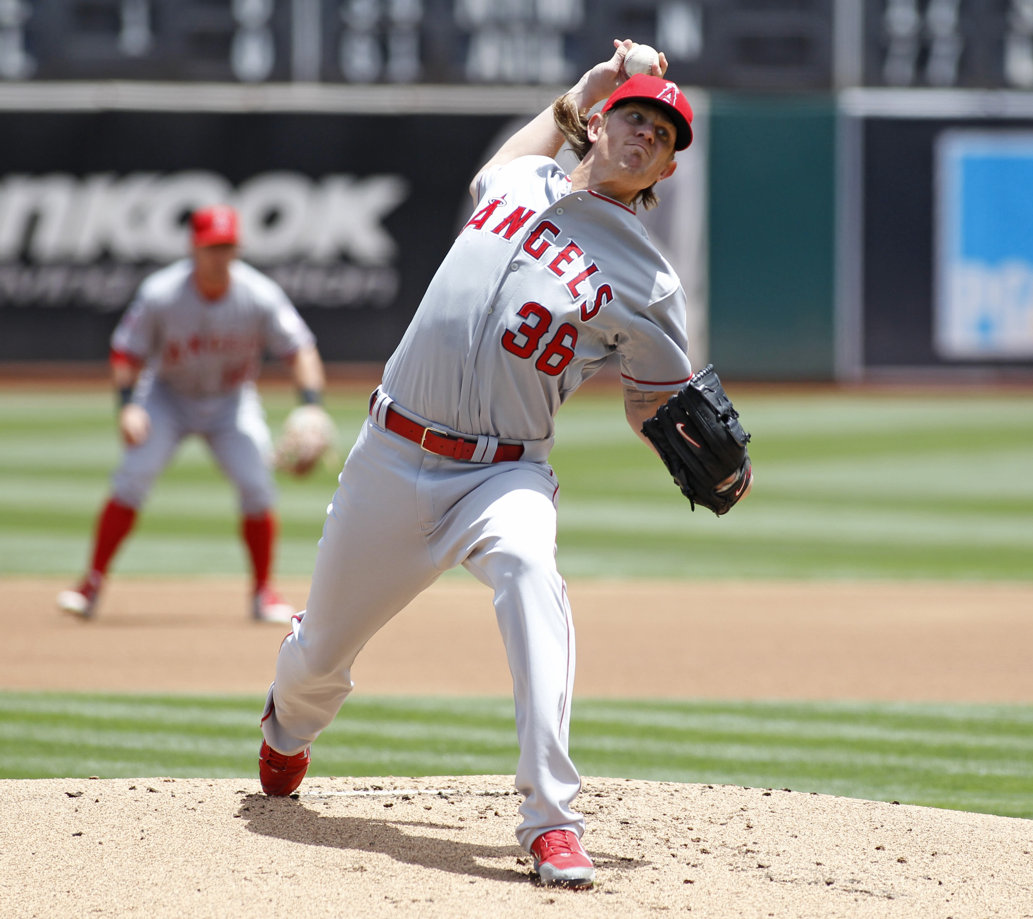 Los Angeles Angels pitcher Jered Weaver throws to the Oakland Athletics during the first inning of a baseball game, Saturday, June 20, 2015, in Oakland, Calif.  (AP Photo/George Nikitin)