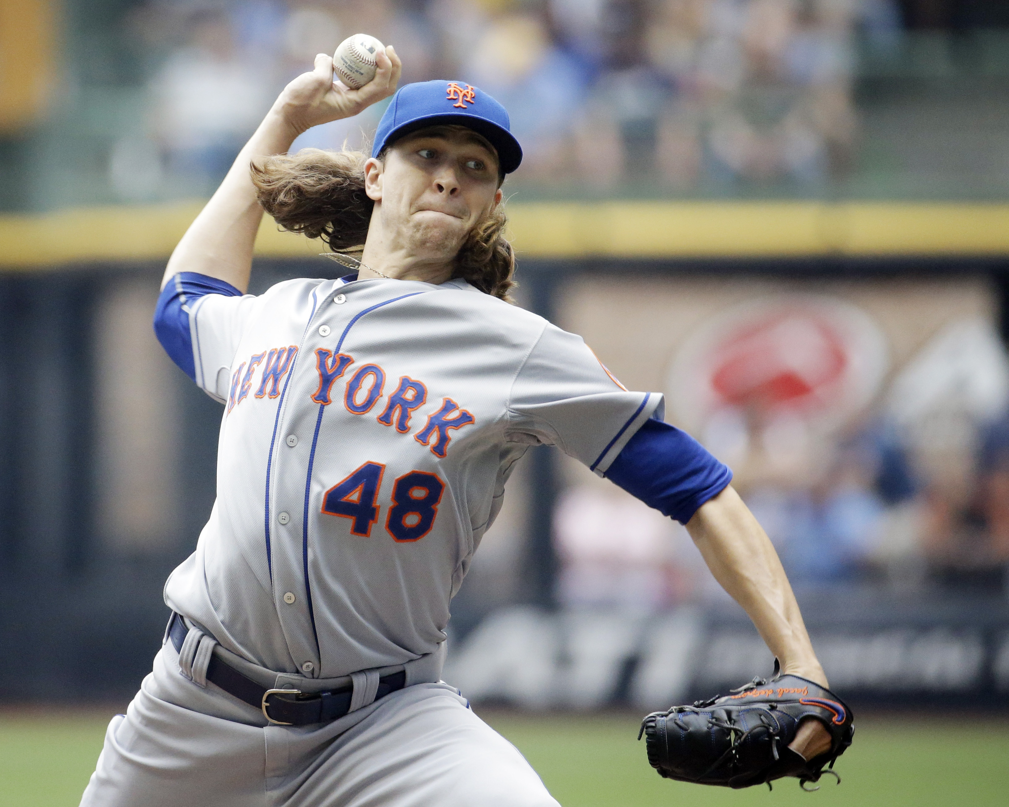 New York Mets starting pitcher Jacob deGrom throws during the first inning of a baseball game against the Milwaukee Brewers Thursday, June 25, 2015, in Milwaukee. (AP Photo/Morry Gash)