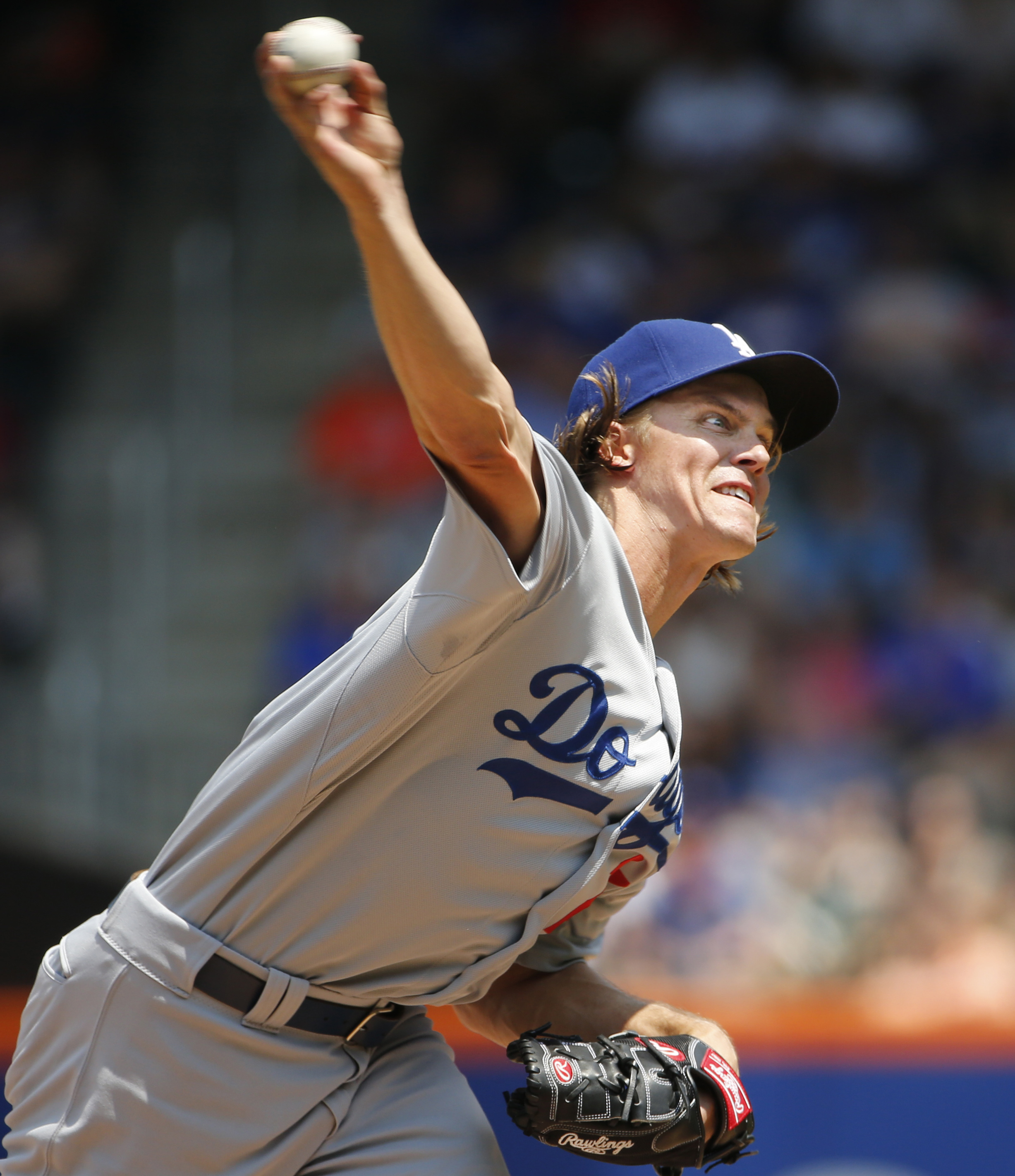 Los Angeles Dodgers starting pitcher Zack Greinke delivers during the first inning of a baseball game against the New York Mets in New York, Sunday, July 26, 2015. (AP Photo/Kathy Willens)