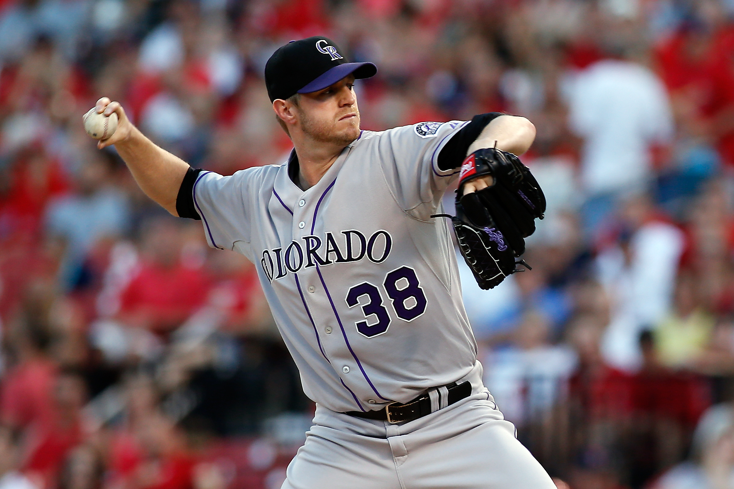 Colorado Rockies starting pitcher Kyle Kendrick throws during the first inning of a baseball game against the St. Louis Cardinals, Friday, July 31, 2015, in St. Louis. (AP Photo/Scott Kane)