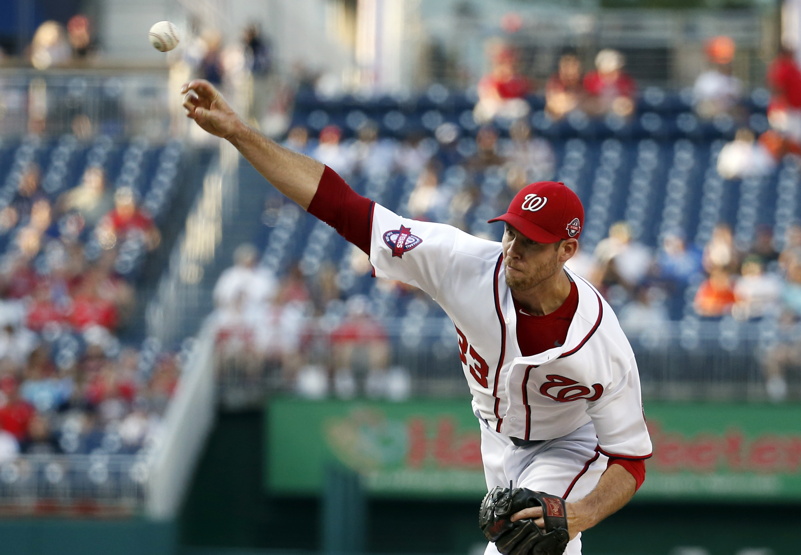 Washington Nationals starting pitcher Doug Fister throws during the first inning of a baseball game against the Arizona Diamondbacks at Nationals Park, Monday, Aug. 3, 2015, in Washington. (AP Photo/Alex Brandon)