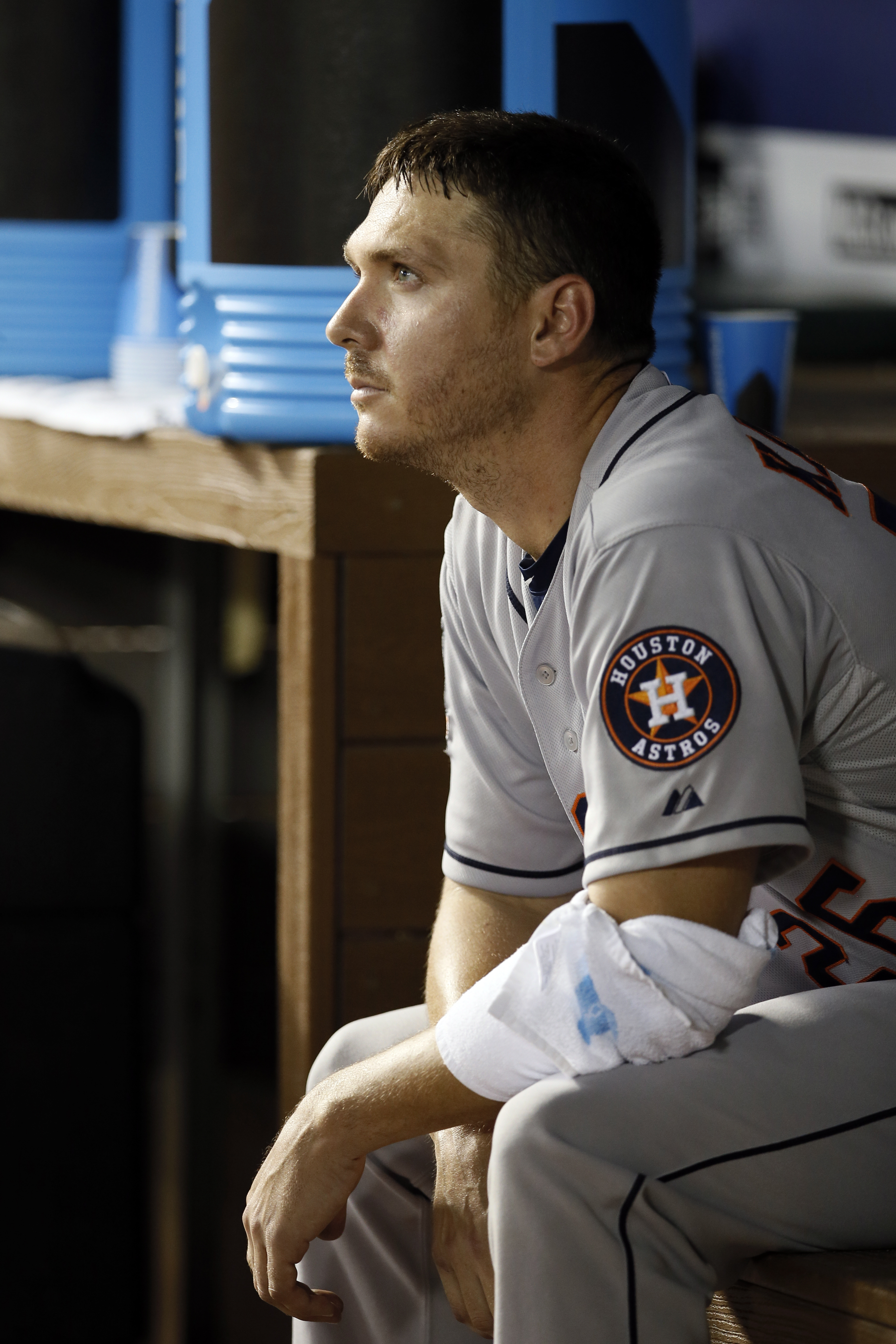 Houston Astros starting pitcher Scott Kazmir sits in the dugout with his arm wrapped in the sixth inning of a baseball game against the Texas Rangers, Wednesday Aug. 5, 2015, in Arlington, Texas. (AP Photo/Tony Gutierrez)