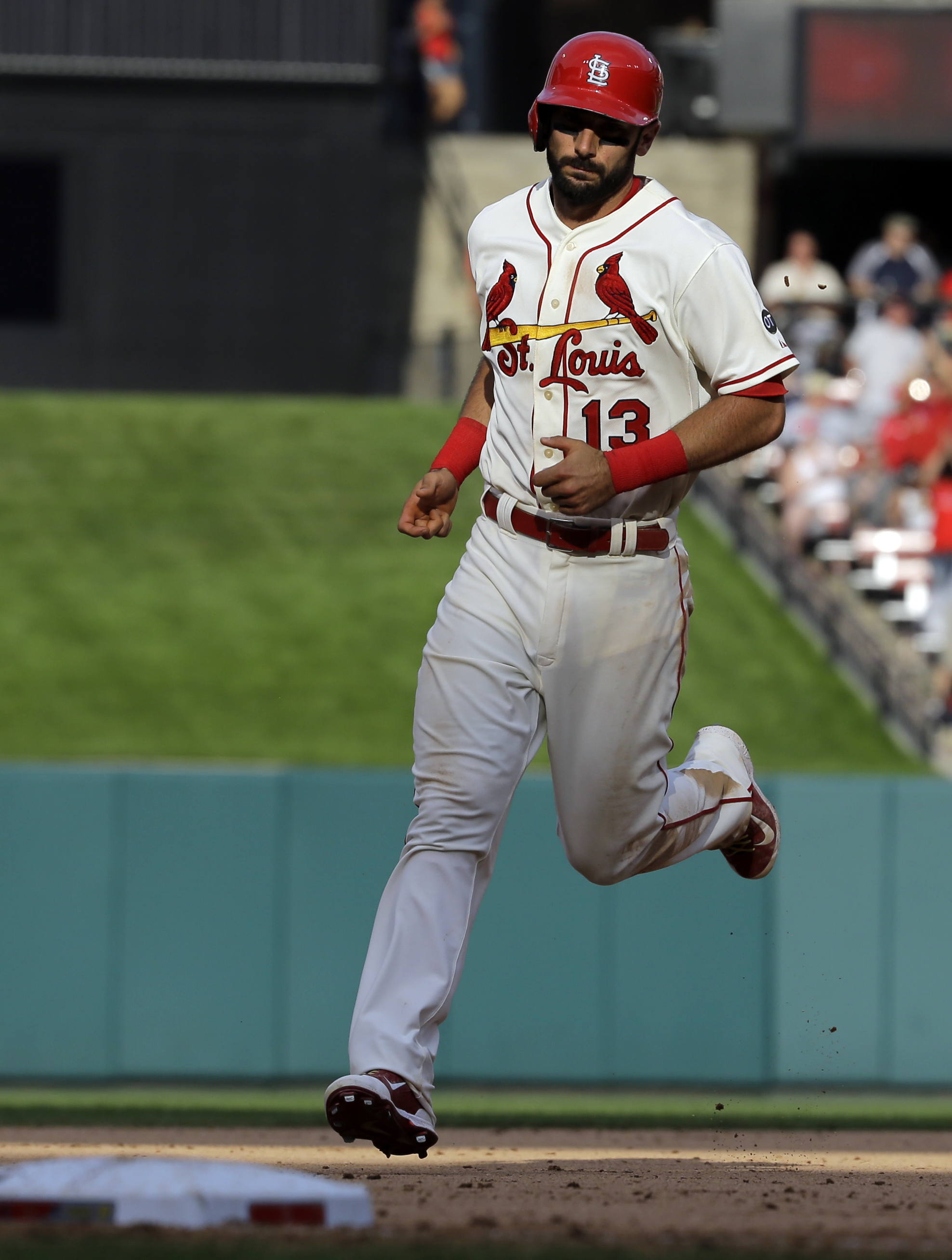St. Louis Cardinals' Matt Carpenter rounds the bases after hitting a two-run home run during the seventh inning of a baseball game against the Pittsburgh Pirates, Saturday, Sept. 5, 2015, in St. Louis. (AP Photo/Jeff Roberson)