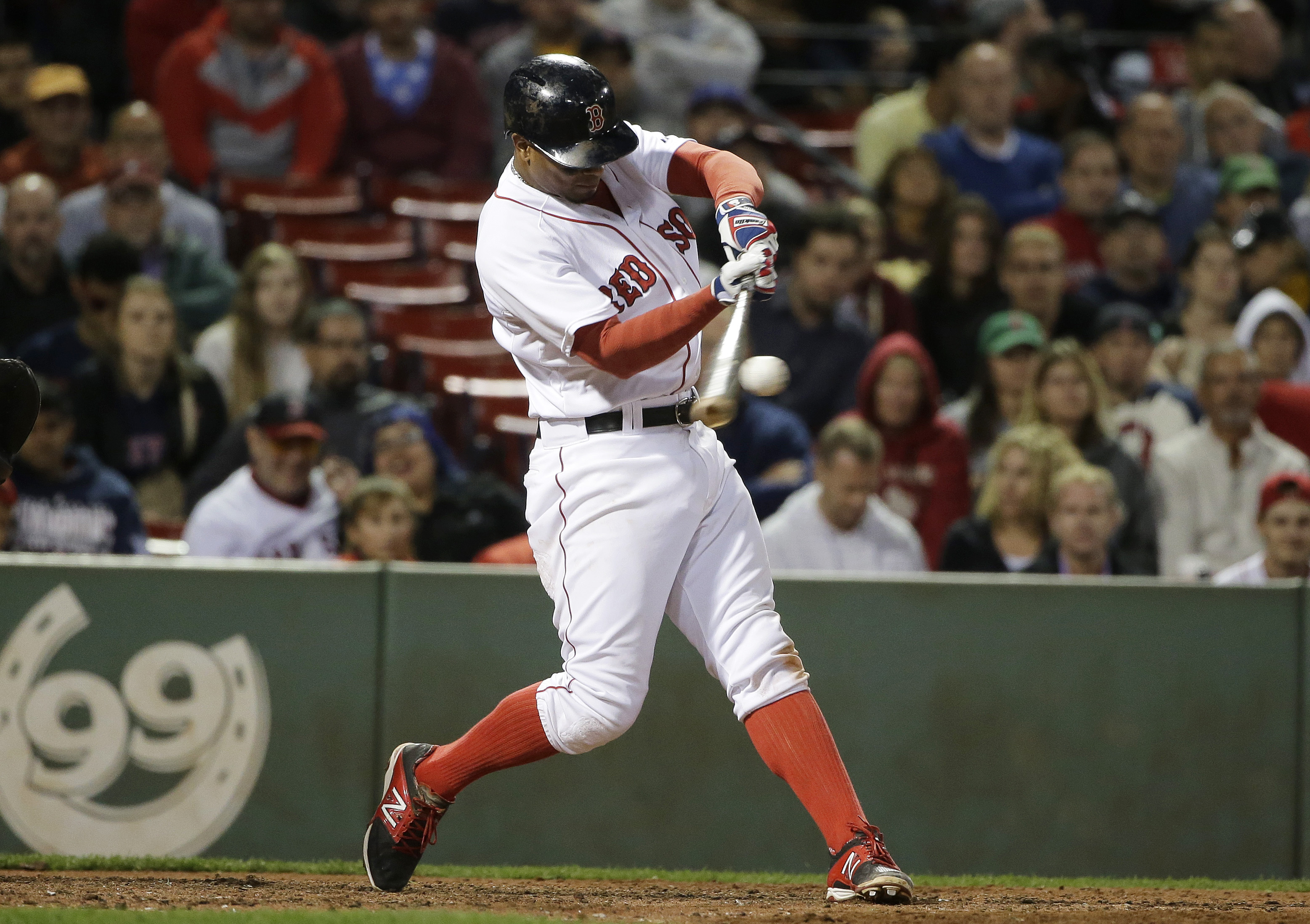 Boston Red Sox's Xander Bogaerts hits an RBI double in the seventh inning of a baseball game against the Tampa Bay Rays, Monday, Sept. 21, 2015, at Fenway Park in Boston. (AP Photo/Steven Senne)