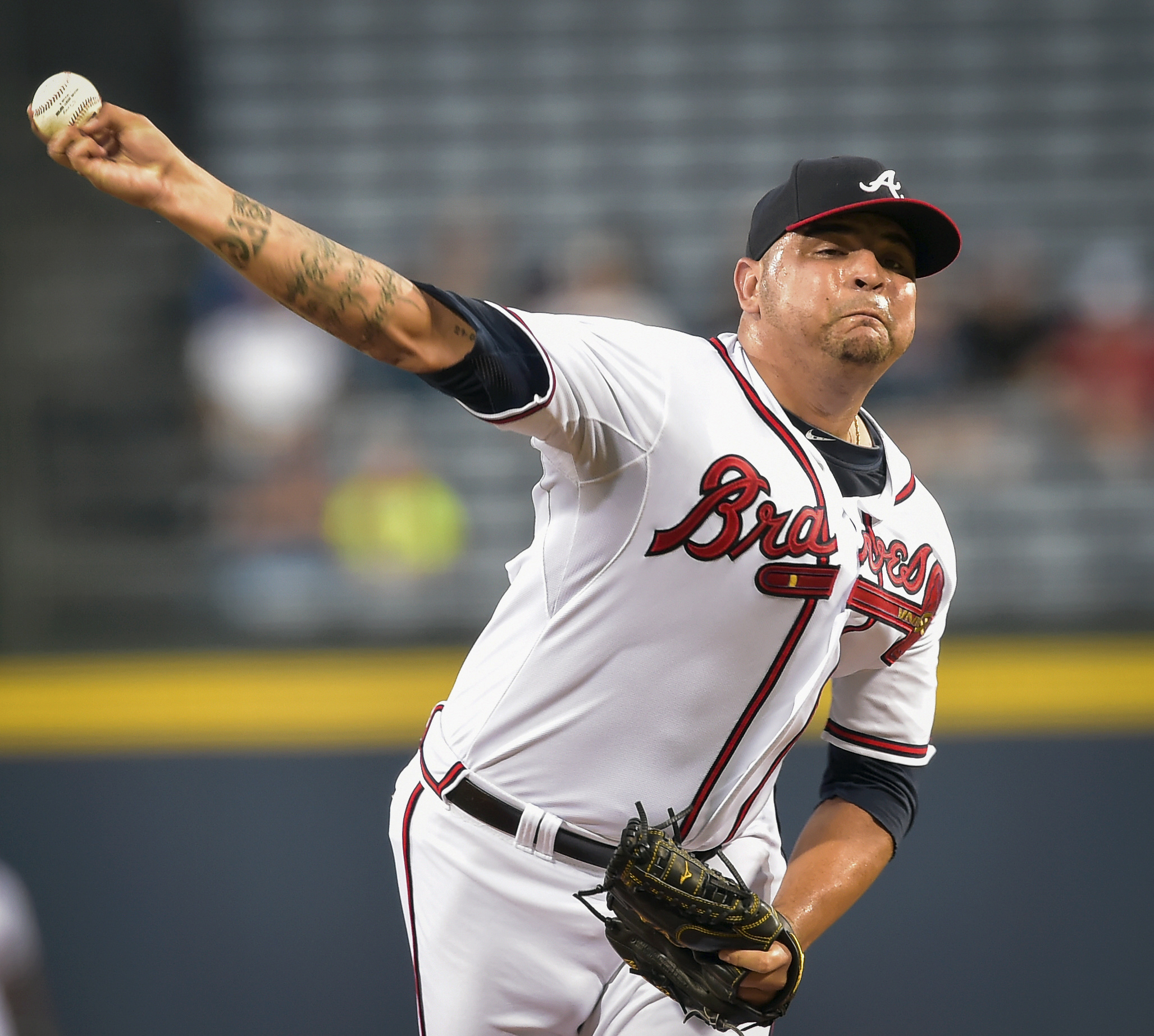 Atlanta Braves starting pitcher Williams Perez works in the first inning of a baseball game against the Washington Nationals, Wednesday, Sept. 30, 2015, in Atlanta. (AP Photo/Jon Barash)