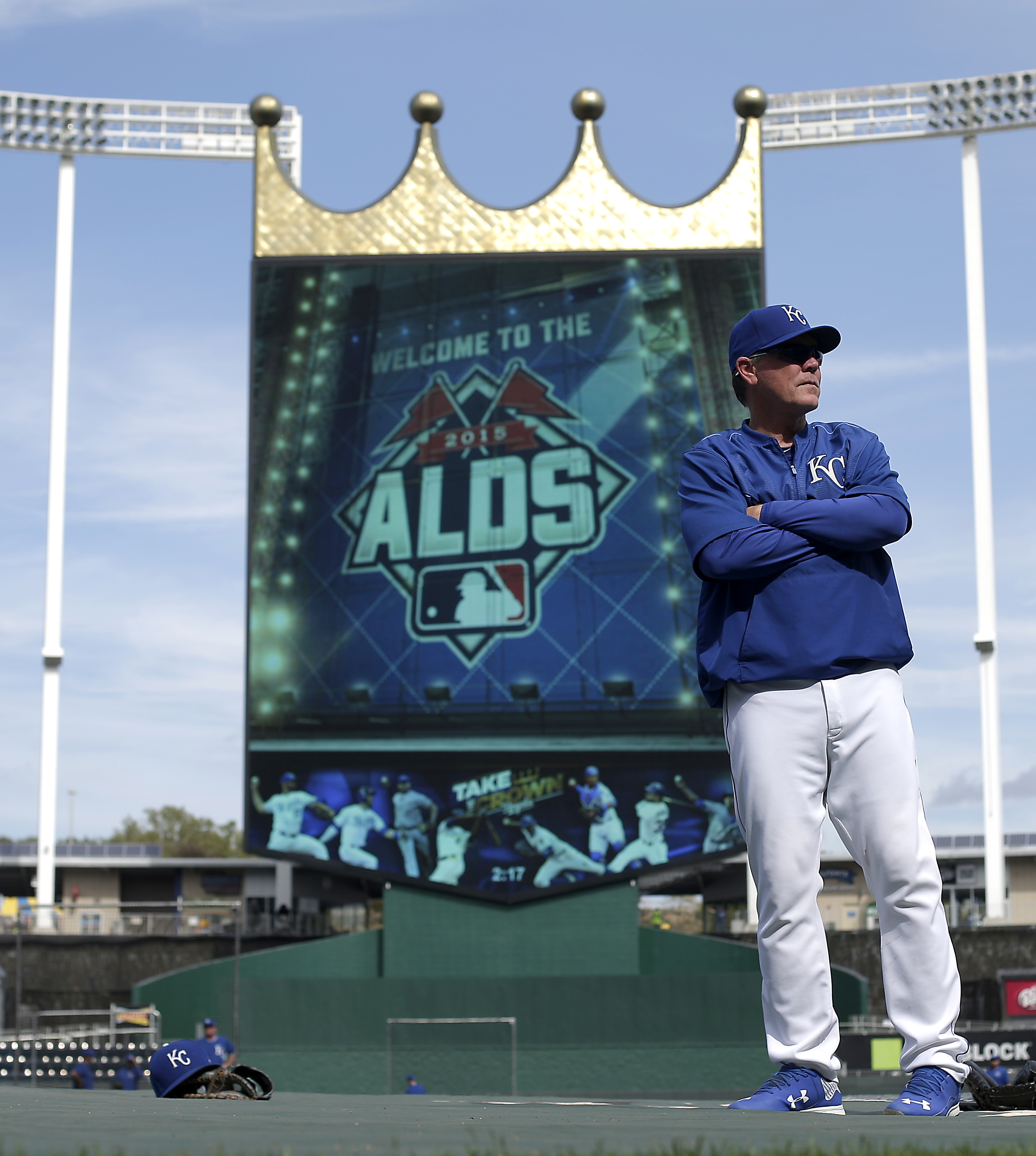 Kansas City Royals manager Ned Yost watches baseball batting practice Wednesday, Oct. 7, 2015, in Kansas City, Mo. The Royals face the Astros in Game 1 of the ALDS Thursday in Kansas City. (AP Photo/Charlie Riedel)