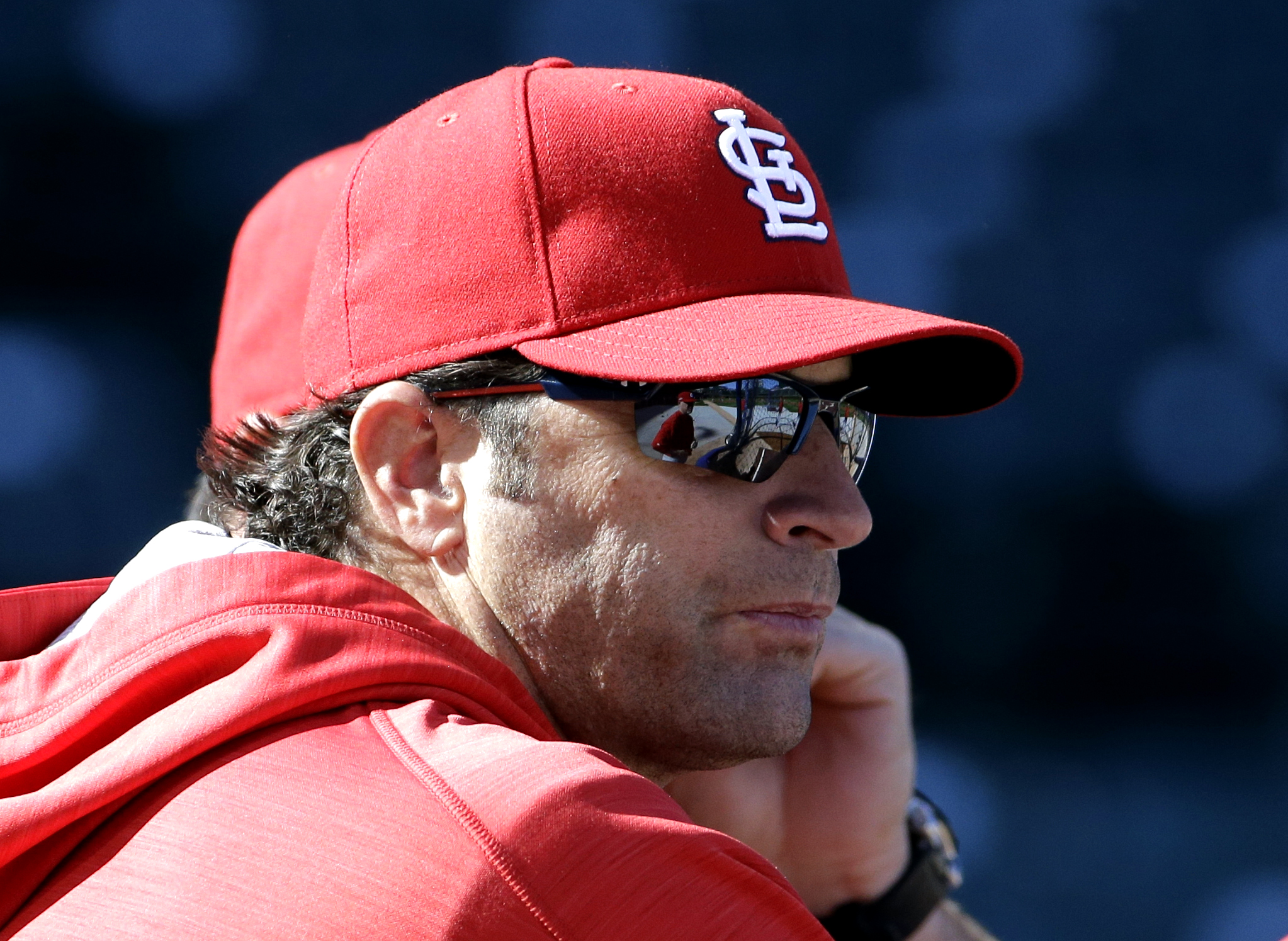 St. Louis Cardinals manager Mike Matheny watches his team during an NLDS baseball practice on Sunday, Oct. 11, 2015, in Chicago. The Cardinals are to face the Chicago Cubs in Game 3 of the National League Division Series on Monday. (AP Photo/Nam Y. Huh)