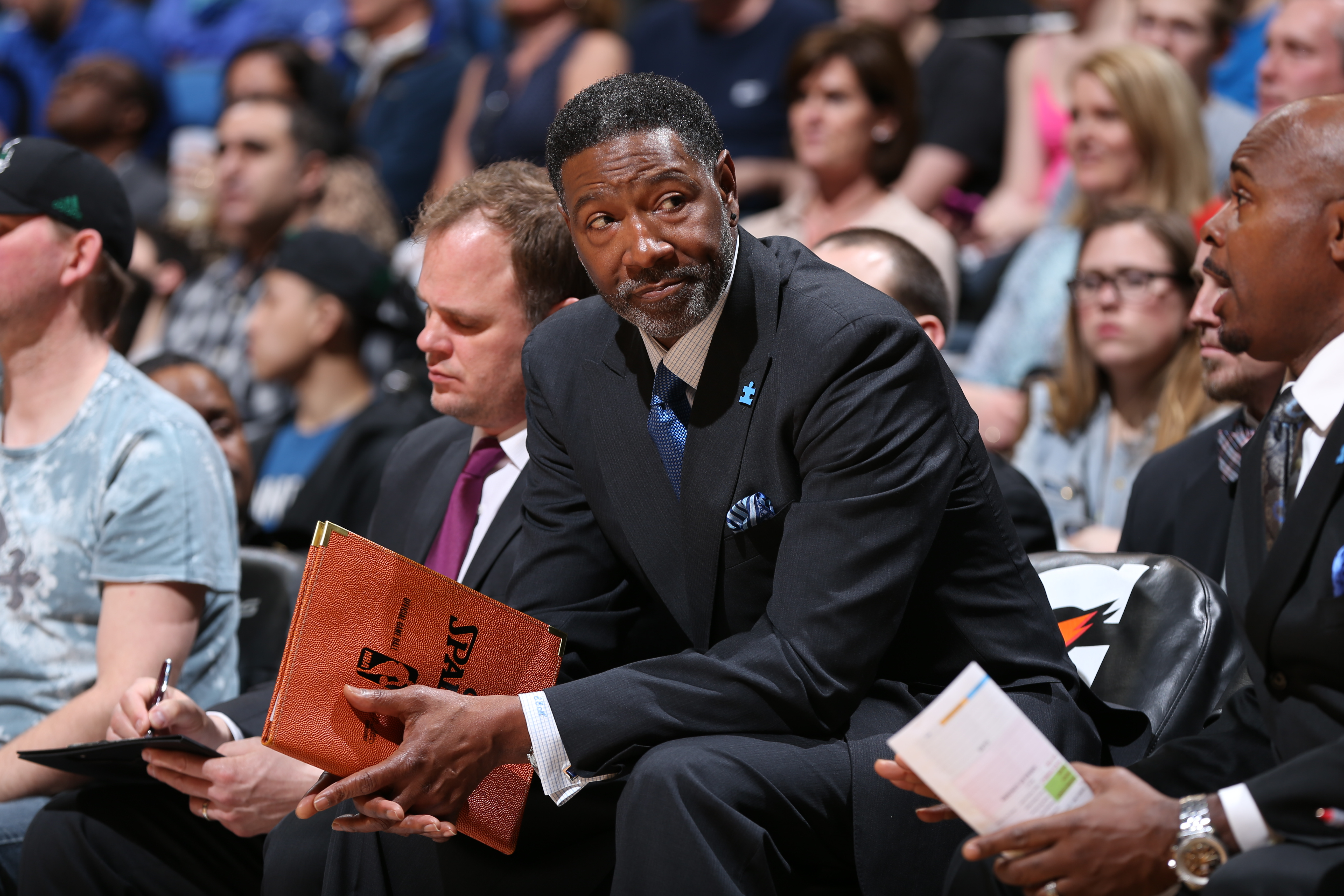 MINNEAPOLIS, MN - APRIL 1: Sam Mitchell assistant coach of the Minnesota Timberwolves sits on the sideline during a game against the Toronto Raptors on April 1, 2015 at Target Center in Minneapolis, Minnesota. (Photo by David Sherman/NBAE via Getty Images