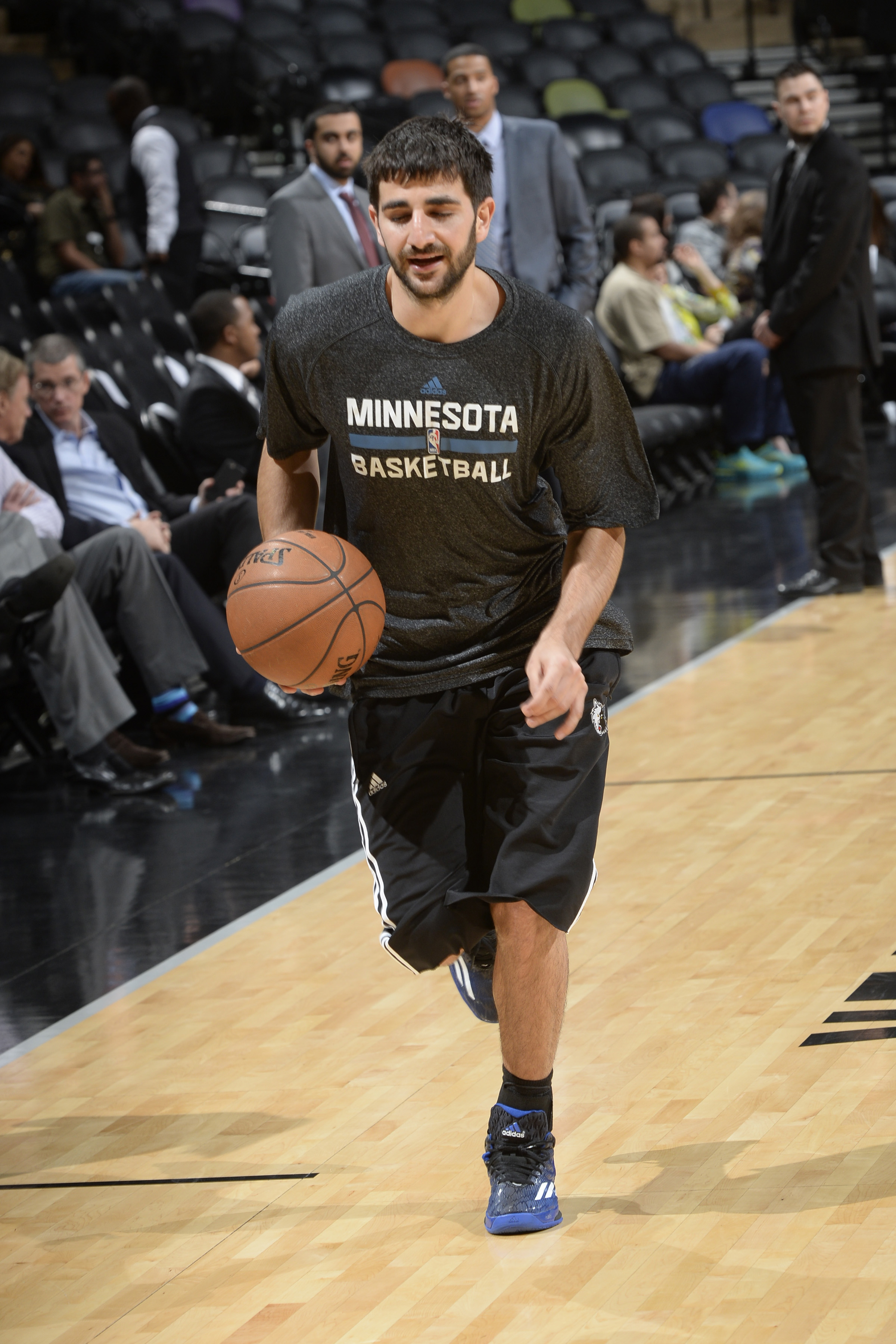 SAN ANTONIO, TX - MARCH 15:  Ricky Rubio #9 of the Minnesota Timberwolves warms up before the game against the San Antonio Spurs on March 15, 2015 at the AT&T Center in San Antonio, Texas. (Photo by D. Clarke Evans/NBAE via Getty Images)