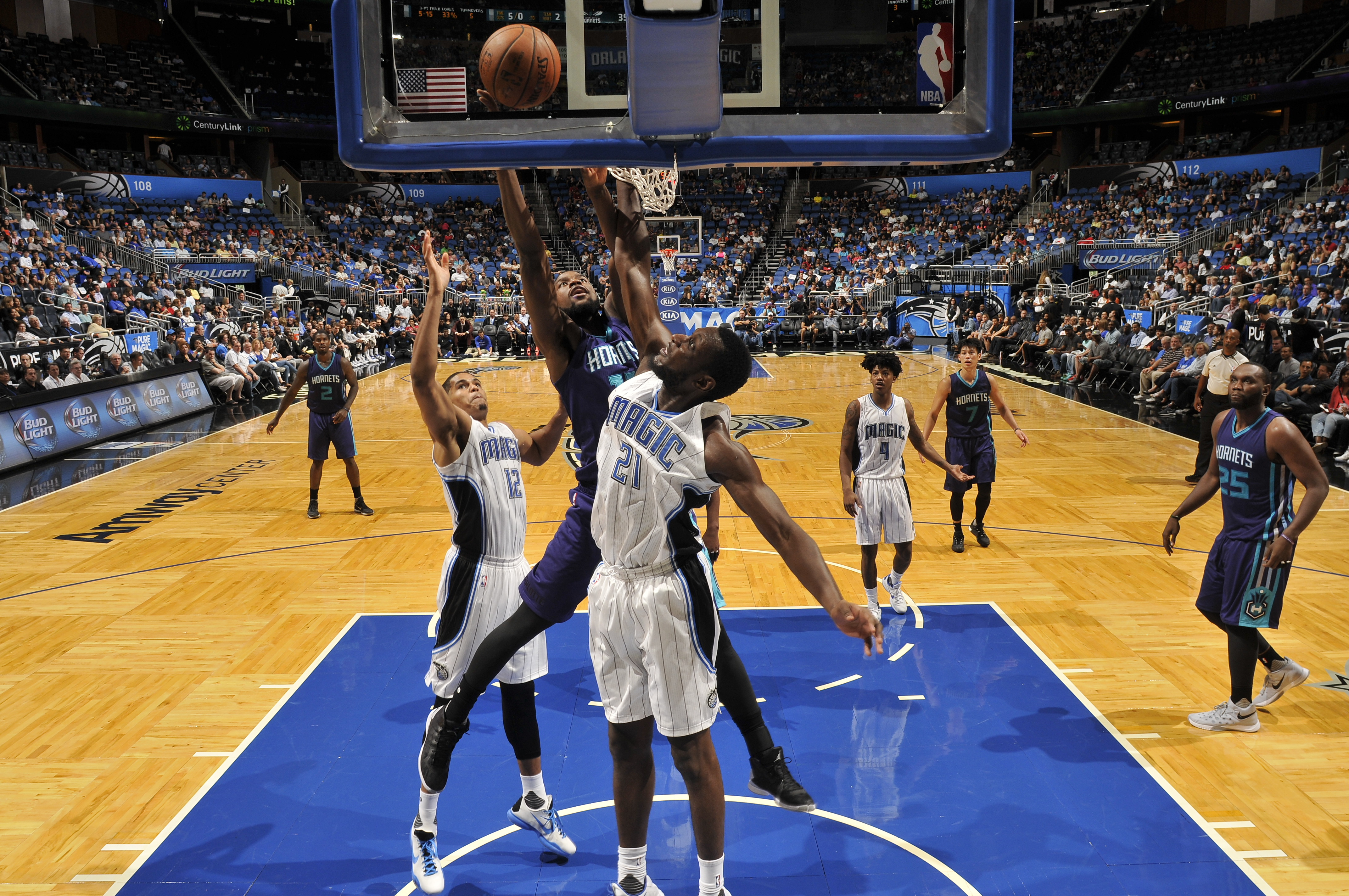 ORLANDO, FL - OCTOBER 3:  Michael Kidd-Gilchrist #14 of the Charlotte Hornets shoots the ball against the Orlando Magic during a preseason game on October 3, 2015 at Amway Center in Orlando, Florida. (Photo by Fernando Medina/NBAE via Getty Images)