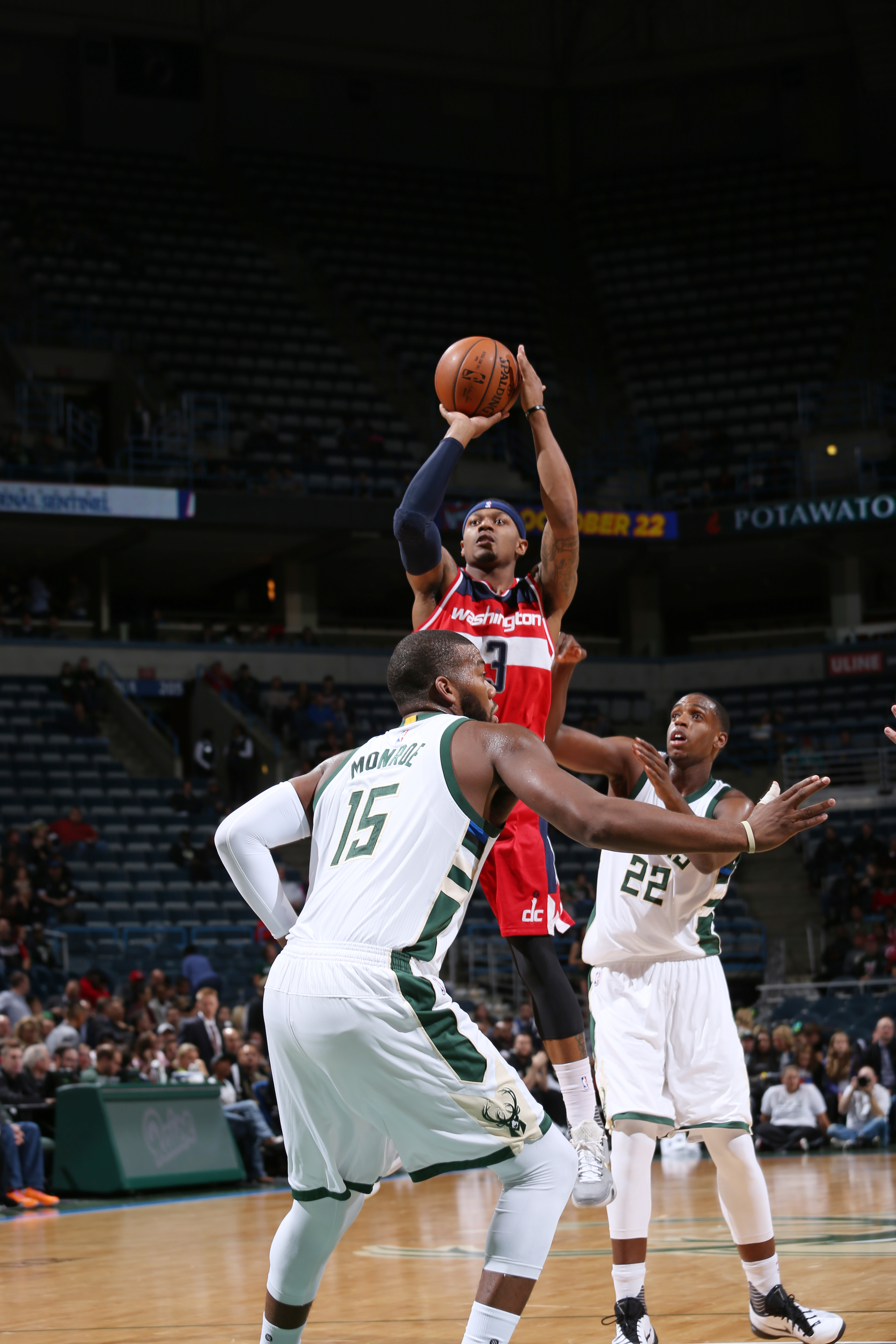 Milwaukee, WI - OCTOBER 17:  Bradley Beal #3 of the Washington Wizards shoots the ball against the Milwaukee Bucks during a preseason game on October 17, 2015 at the BMO Harris Bradley Center in Milwaukee, Wisconsin. (Photo by Gary Dineen/NBAE via Getty I