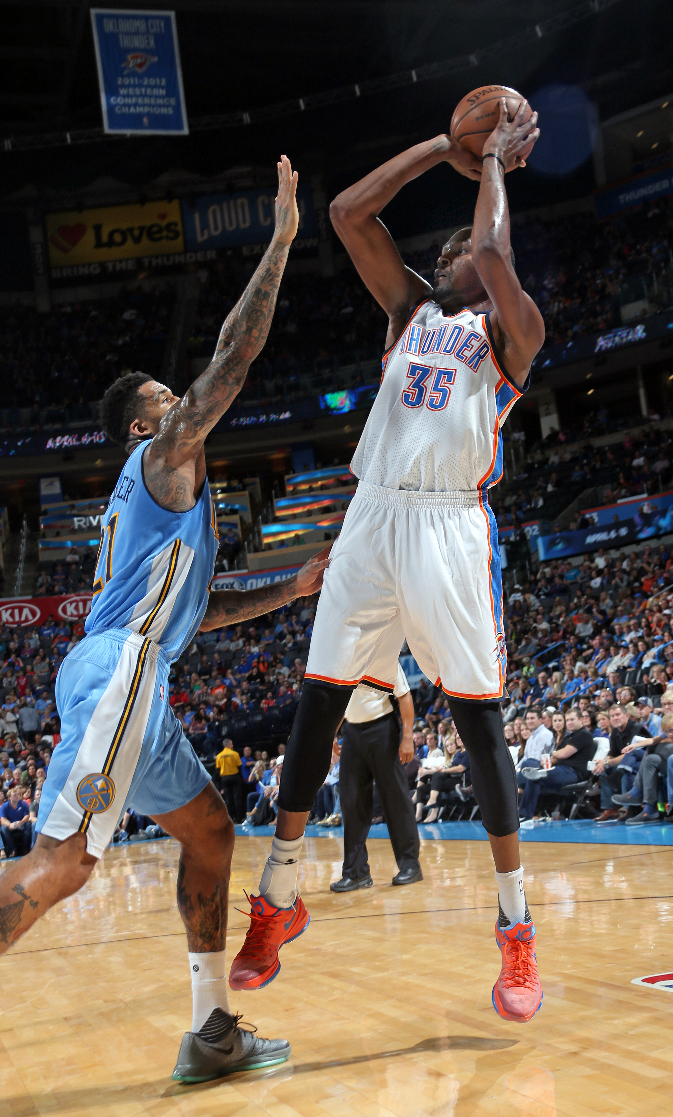 OKLAHOMA CITY, OK - OCTOBER 18:  Kevin Durant #35 of the Oklahoma City Thunder shoots against the Denver Nuggets during a preseason game on October 18, 2015 at Chesapeake Energy Arena in Oklahoma City, Oklahoma. (Photo by Layne Murdoch/NBAE via Getty Imag