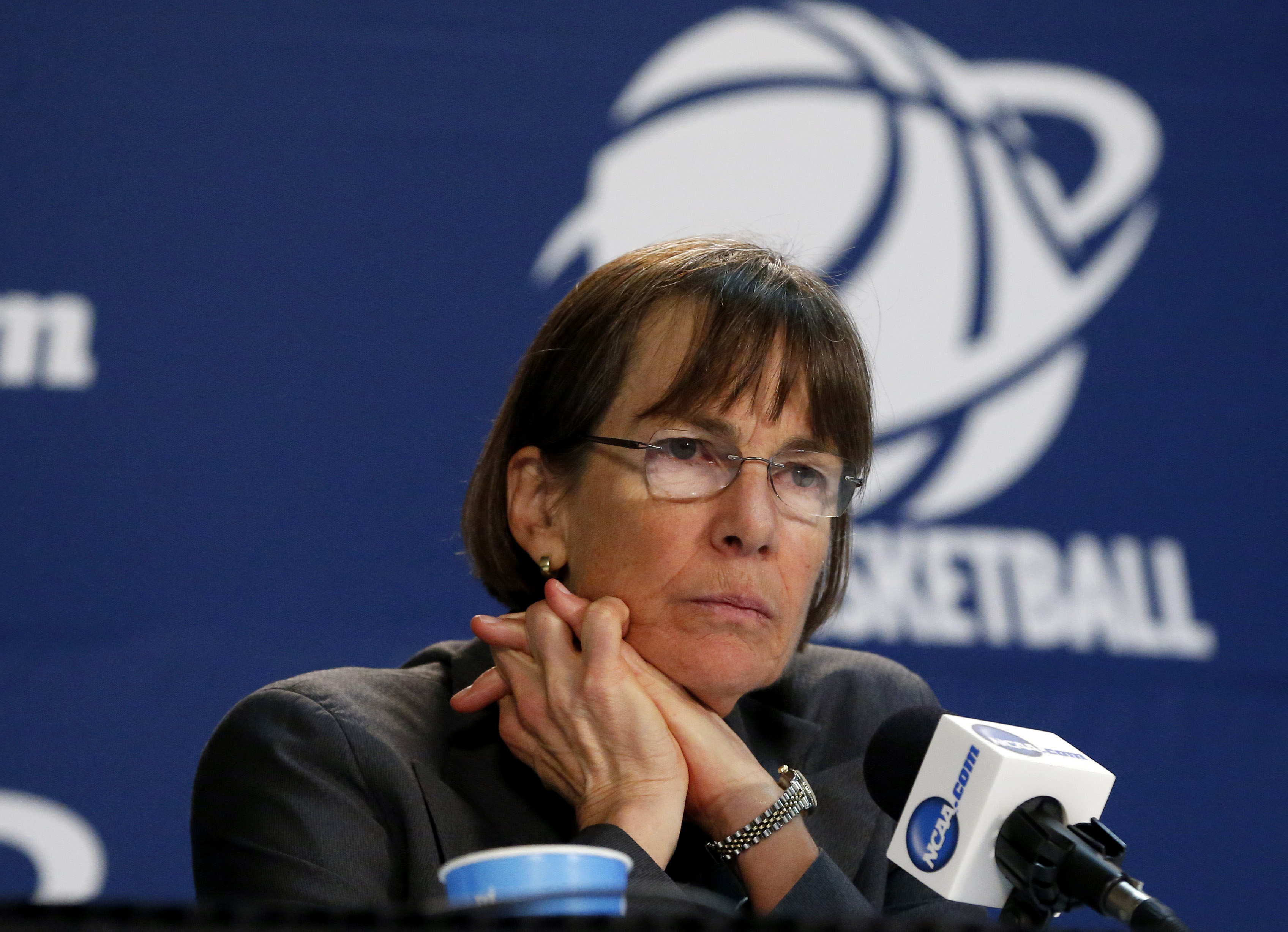 FILE - In this March 27, 2015, file photo, Stanford coach Tara VanDerveer listens during a news conference after a women's college basketball regional semifinal game against Notre Dame in the NCAA tournament in Oklahoma City. VanDerveer tunes in to as man