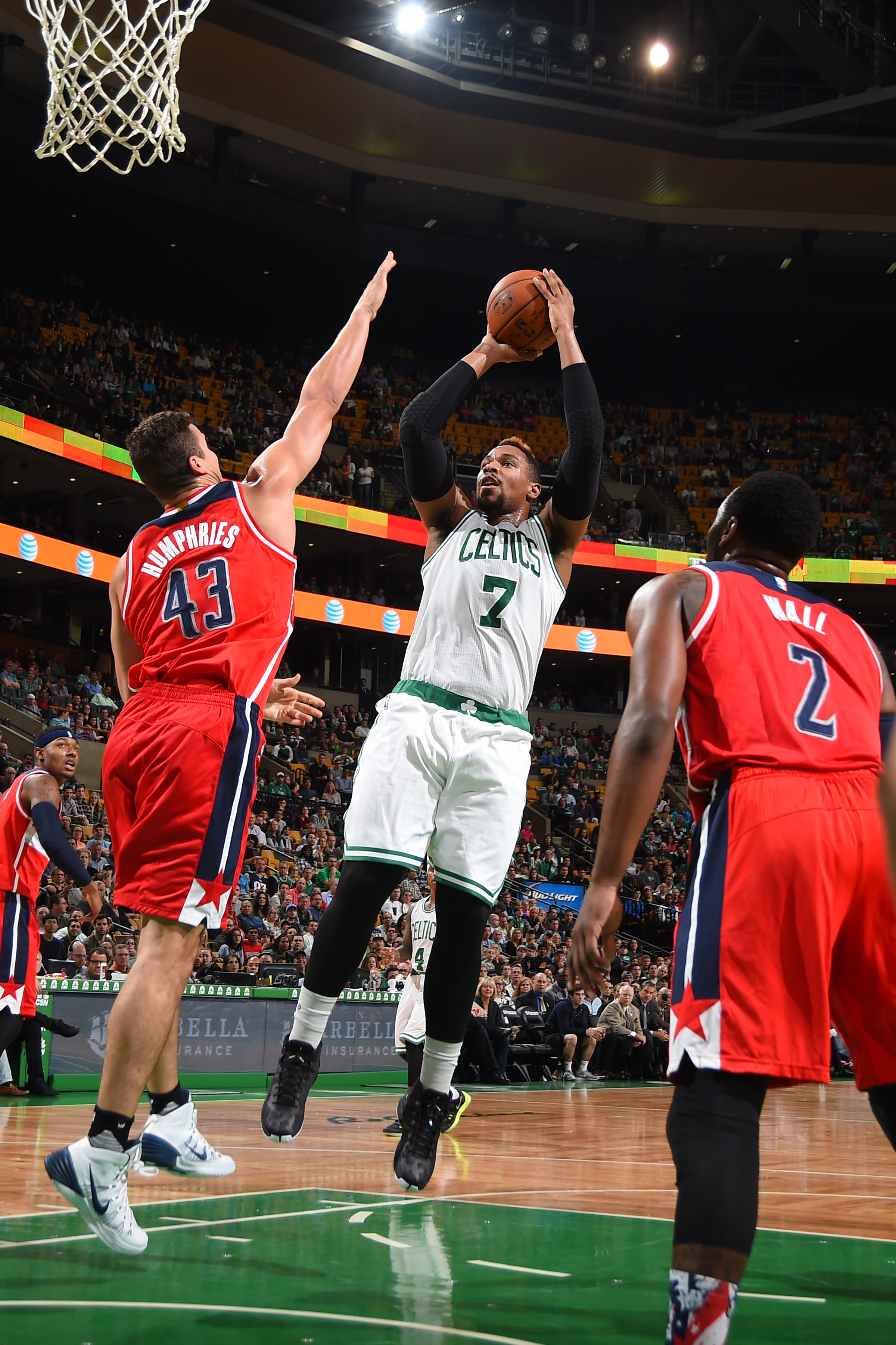 BOSTON, MA - NOVEMBER 6:  Jared Sullinger #7 of the Boston Celtics shoots the ball against the Washington Wizards on November 6, 2015 at the TD Garden in Boston, Massachusetts.  (Photo by Brian Babineau/NBAE via Getty Images)