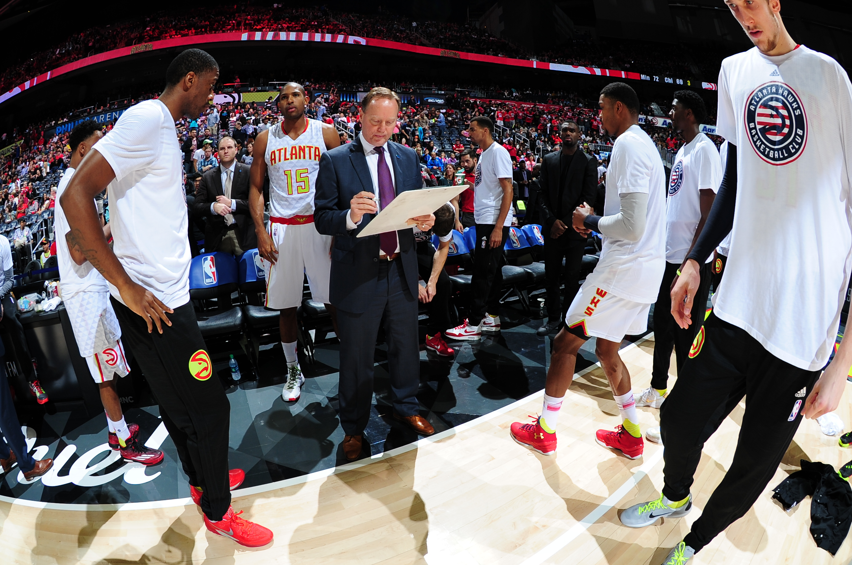 ATLANTA, GA - NOVEMBER 7:  Mike Budenholzer of the Atlanta Hawks prepares for the game against the Indiana Pacers on November 7, 2015 at Philips Arena in Atlanta, Georgia.  (Photo by Scott Cunningham/NBAE via Getty Images)