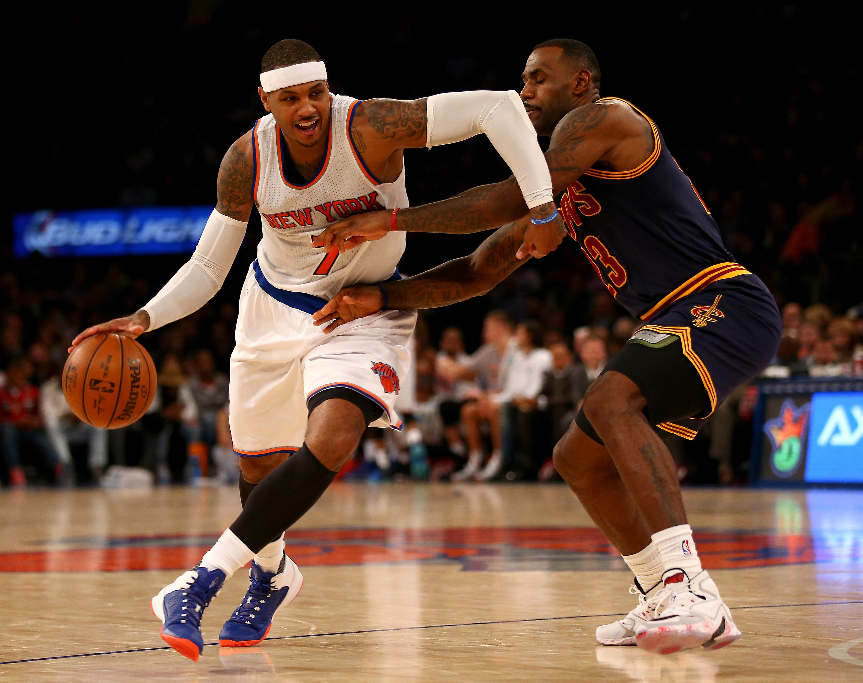 NEW YORK, NY - NOVEMBER 13:  Carmelo Anthony #7 of the New York Knicks tries to get around LeBron James #23 of the Cleveland Cavaliers in the fourth quarter at Madison Square Garden on November 13, 2015 in New York City.(Photo by Elsa/Getty Images)