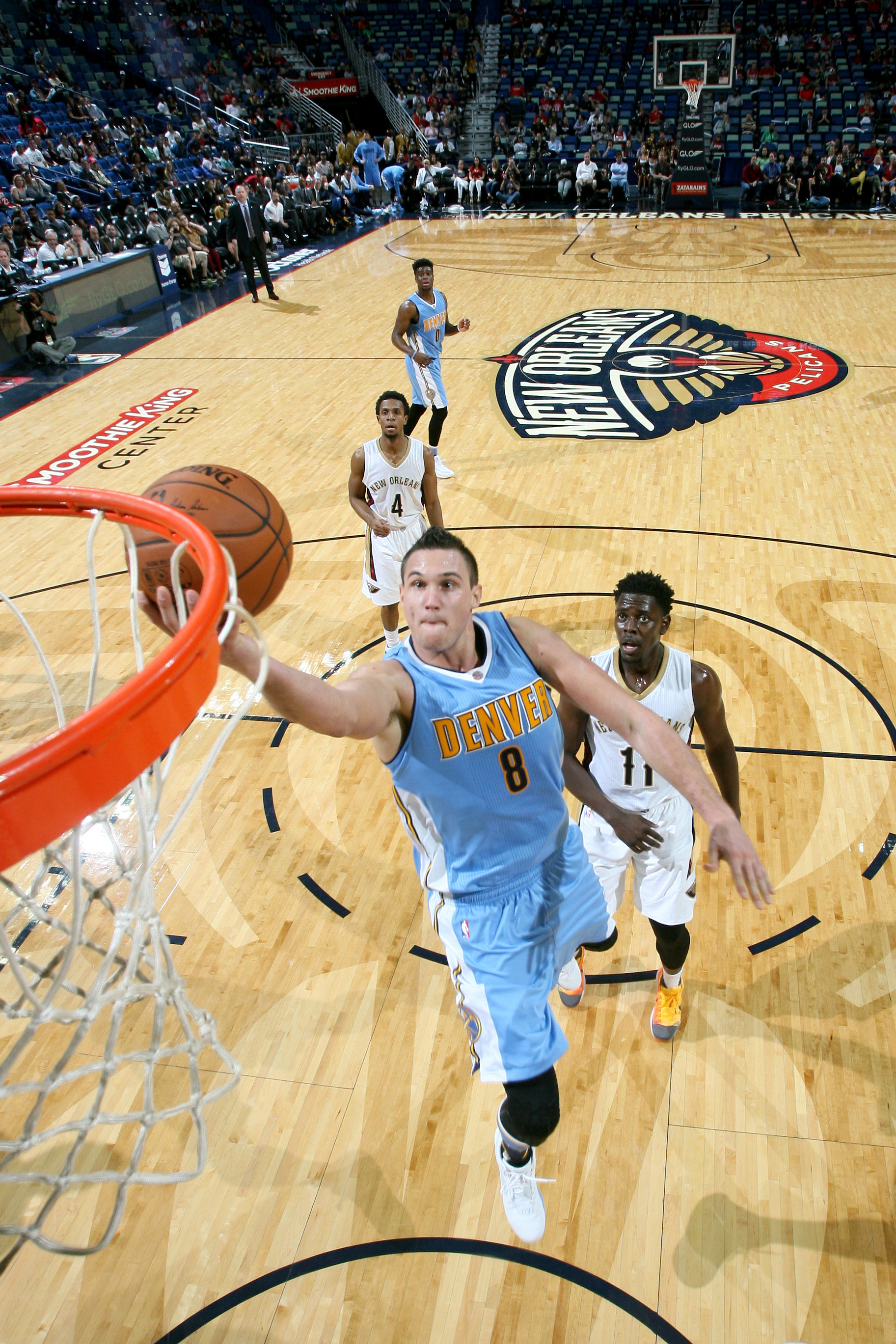 NEW ORLEANS, LA - NOVEMBER 17: Danilo Gallinari #8 of the Denver Nuggets shoots the ball during the game on November 17, 2015 at the Smoothie King Center in New Orleans, Louisiana. (Photo by Layne Murdoch Jr./NBAE via Getty Images)