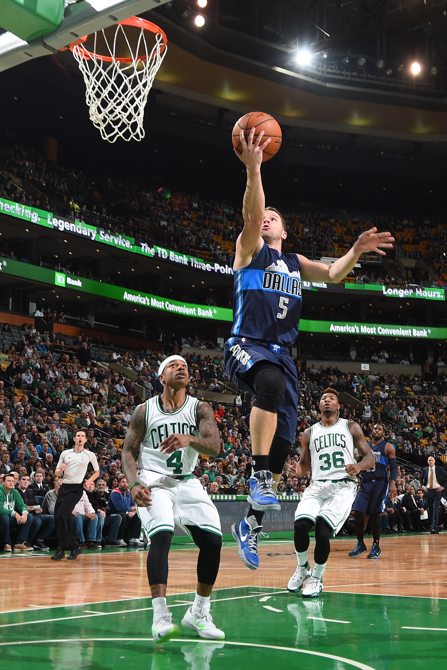 BOSTON, MA - NOVEMBER 18: J.J. Barea #5 of the Dallas Mavericks goes for the lay up against the Boston Celtics during the game on November 18, 2015 at TD Garden in Boston, Massachusetts. (Photo by Brian Babineau/NBAE via Getty Images)