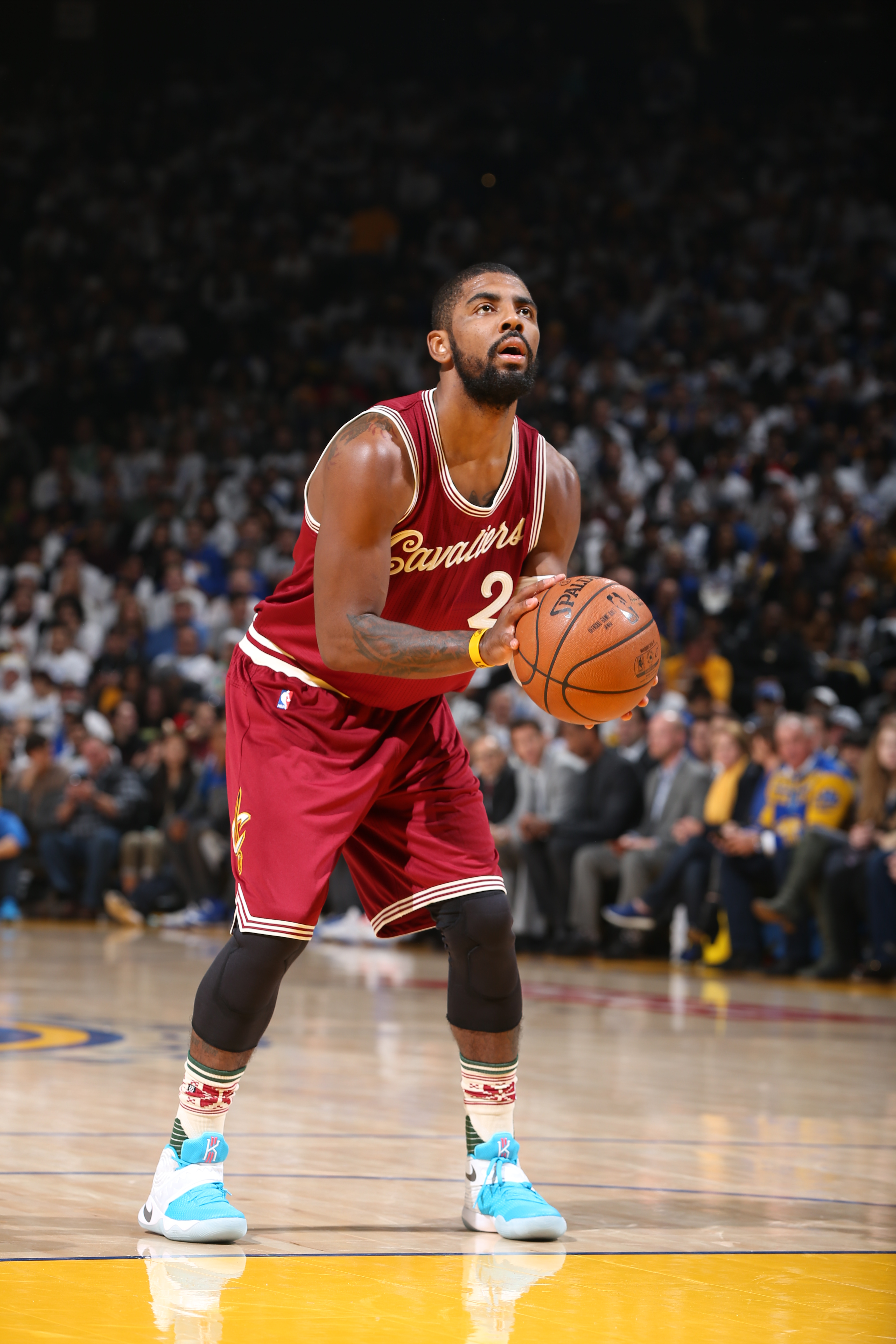 OAKLAND, CA - DECEMBER 25:  Kyrie Irving #2 of the Cleveland Cavaliers shoots a foul shot against the Golden State Warriors on December 25, 2015 at ORACLE Arena in Oakland,California.(Photo by David Sherman/NBAE via Getty Images)