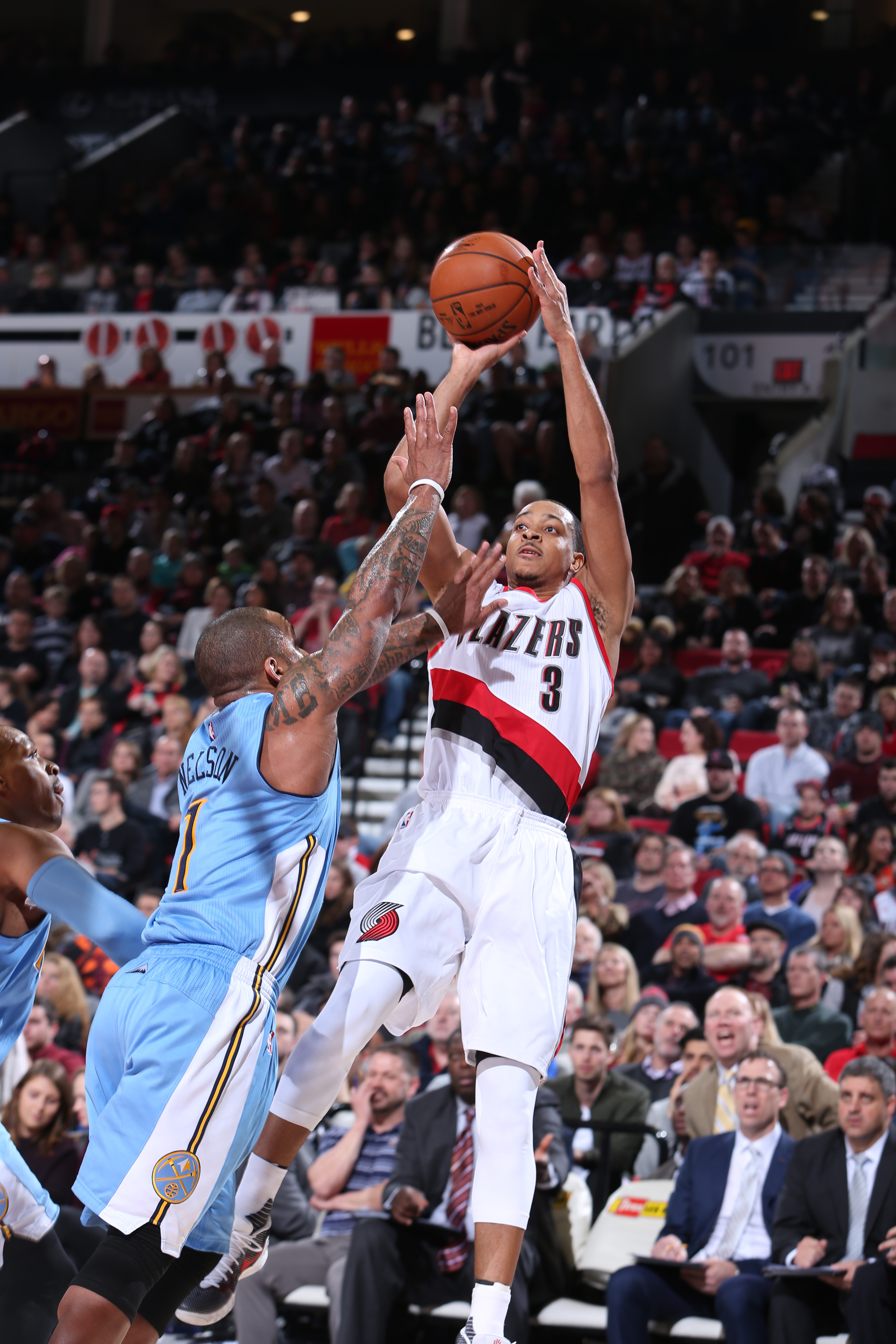 PORTLAND, OR - DECEMBER 30: C.J. McCollum #3 of the Portland Trail Blazers shoots the ball against the Denver Nuggets on December 30, 2015 at the Moda Center in Portland, Oregon. (Photo by Sam Forencich/NBAE via Getty Images)