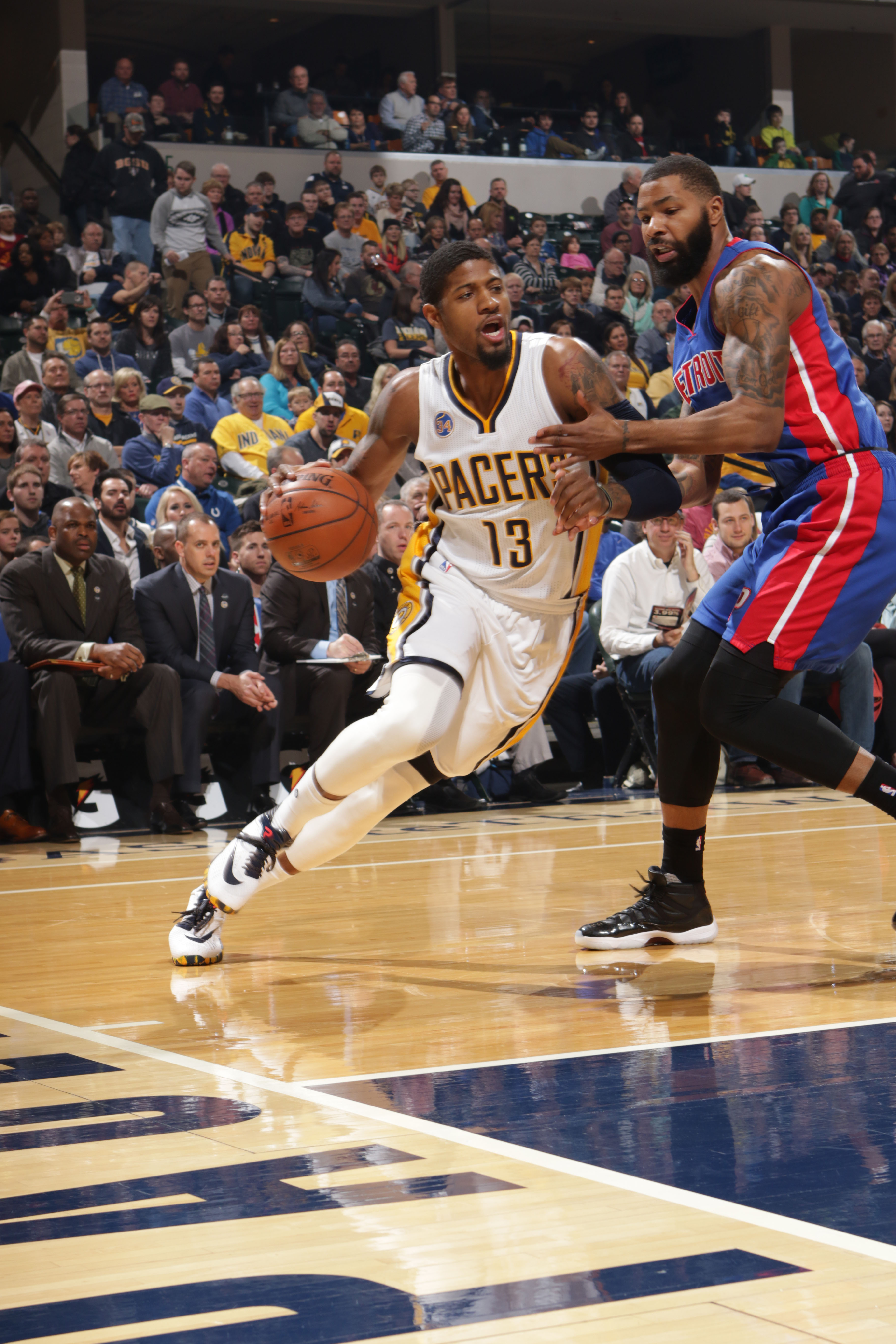INDIANAPOLIS, IN - JANUARY 2: Paul George #13 of the Indiana Pacers handles the ball against the Detroit Pistons on January 2, 2016 at Bankers Life Fieldhouse in Indianapolis, Indiana. (Photo by Ron Hoskins/NBAE via Getty Images)