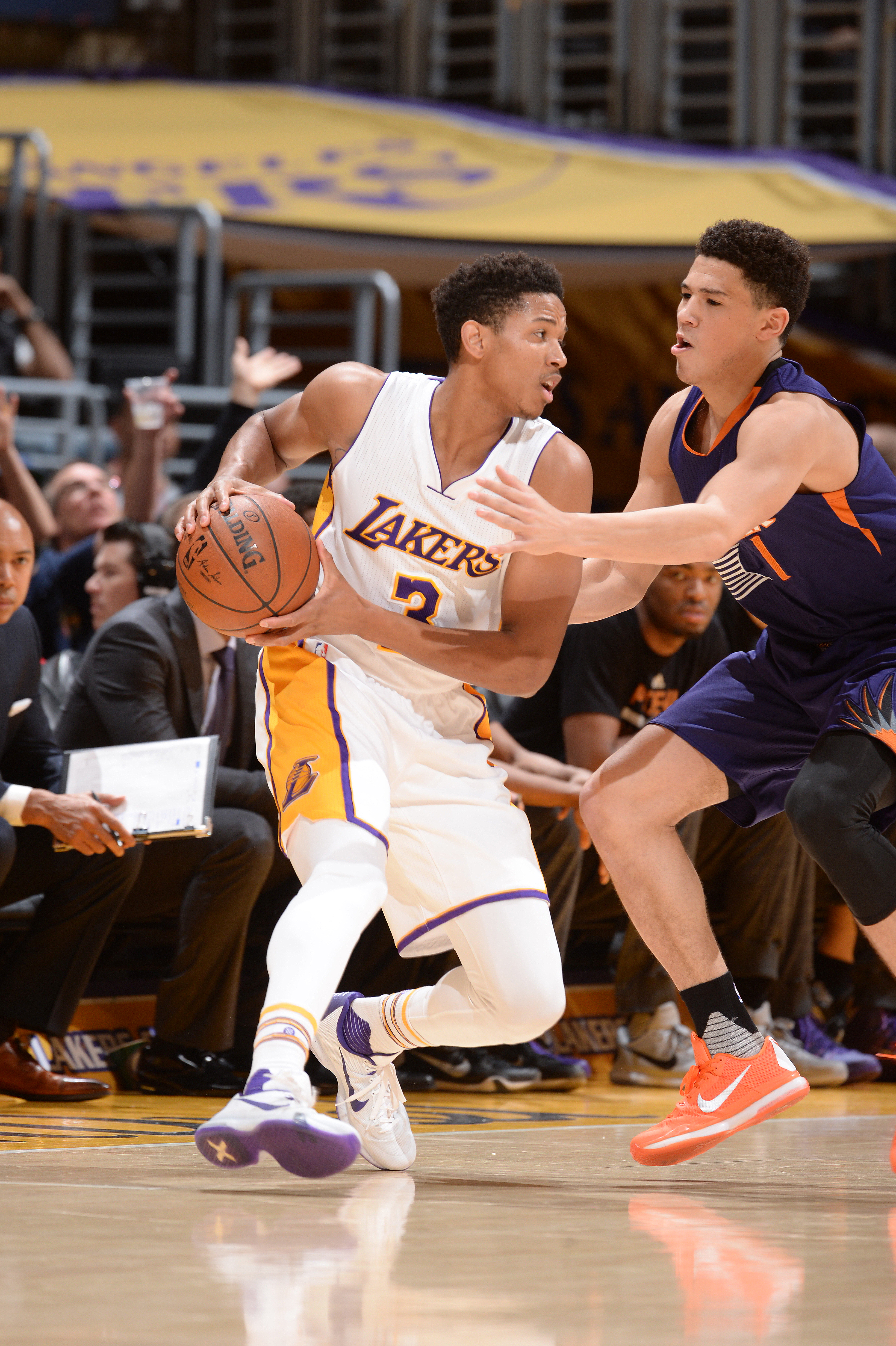 LOS ANGELES, CA - JANUARY 3: Anthony Brown #3 of the Los Angeles Lakers handles the ball during the game against the Phoenix Suns on January 3, 2016 at STAPLES Center in Los Angeles, California. (Photo by Andrew D. Bernstein/NBAE via Getty Images)