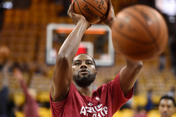 CLEVELAND, OH - MAY 26: Elton Brand #7 of the Atlanta Hawks warms up prior to Game Four of the Eastern Conference Finals of the 2015 NBA Playoffs against the Cleveland Cavaliers at Quicken Loans Arena on May 26, 2015 in Cleveland, Ohio. (Photo by Jason Mi
