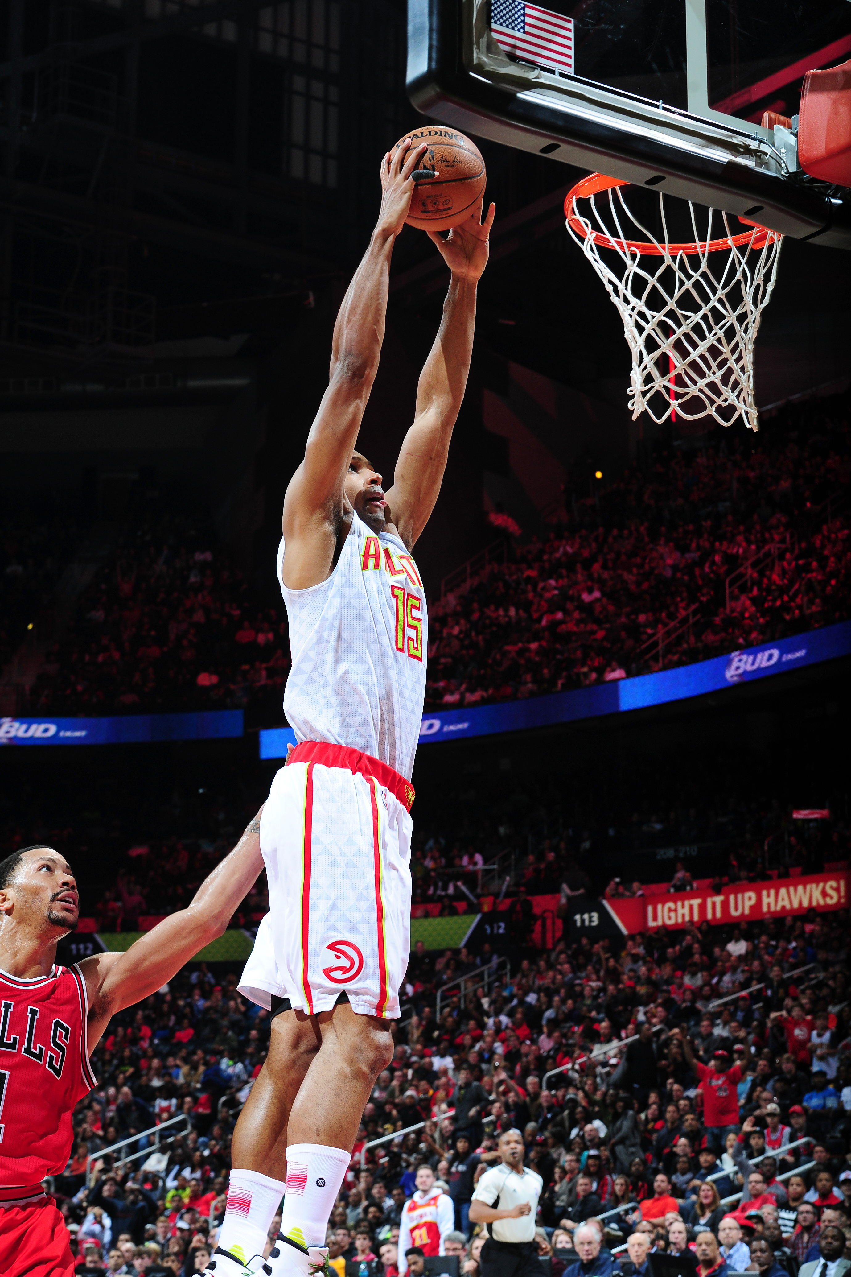 ATLANTA, GEORGIA - JANUARY 9: Al Horford #15 of the Atlanta Hawks goes for the dunk during the game against the Chicago Bulls on January 9, 2016 at Philips Center in Atlanta, Georgia.  (Photo by Scott Cunningham/NBAE via Getty Images)