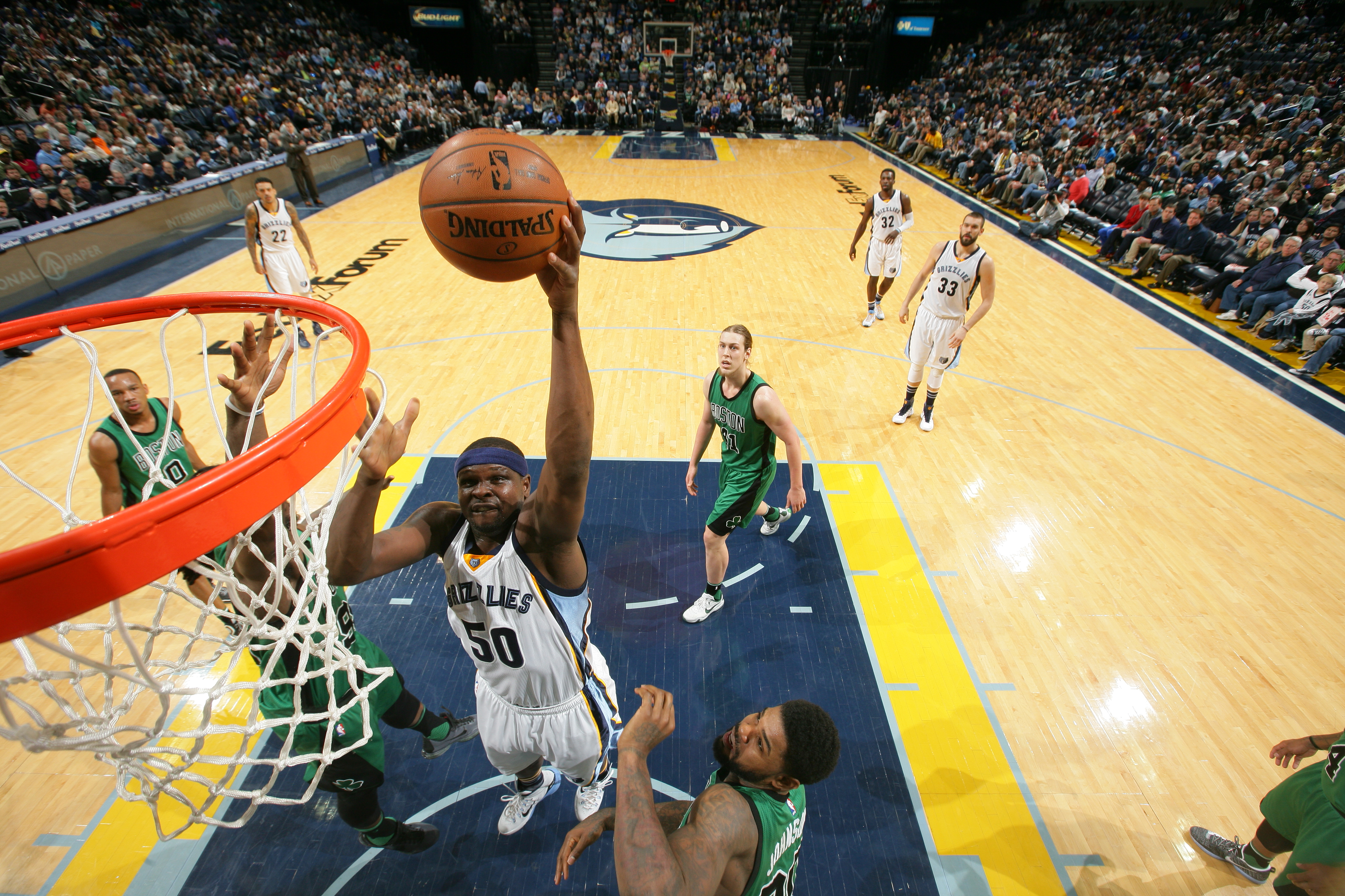MEMPHIS, TN - JANUARY 10:  Zach Randolph #50 of the Memphis Grizzlies shoots the ball against the Boston Celtics on January 10, 2016 at FedExForum in Memphis, Tennessee. (Photo by Joe Murphy/NBAE via Getty Images)