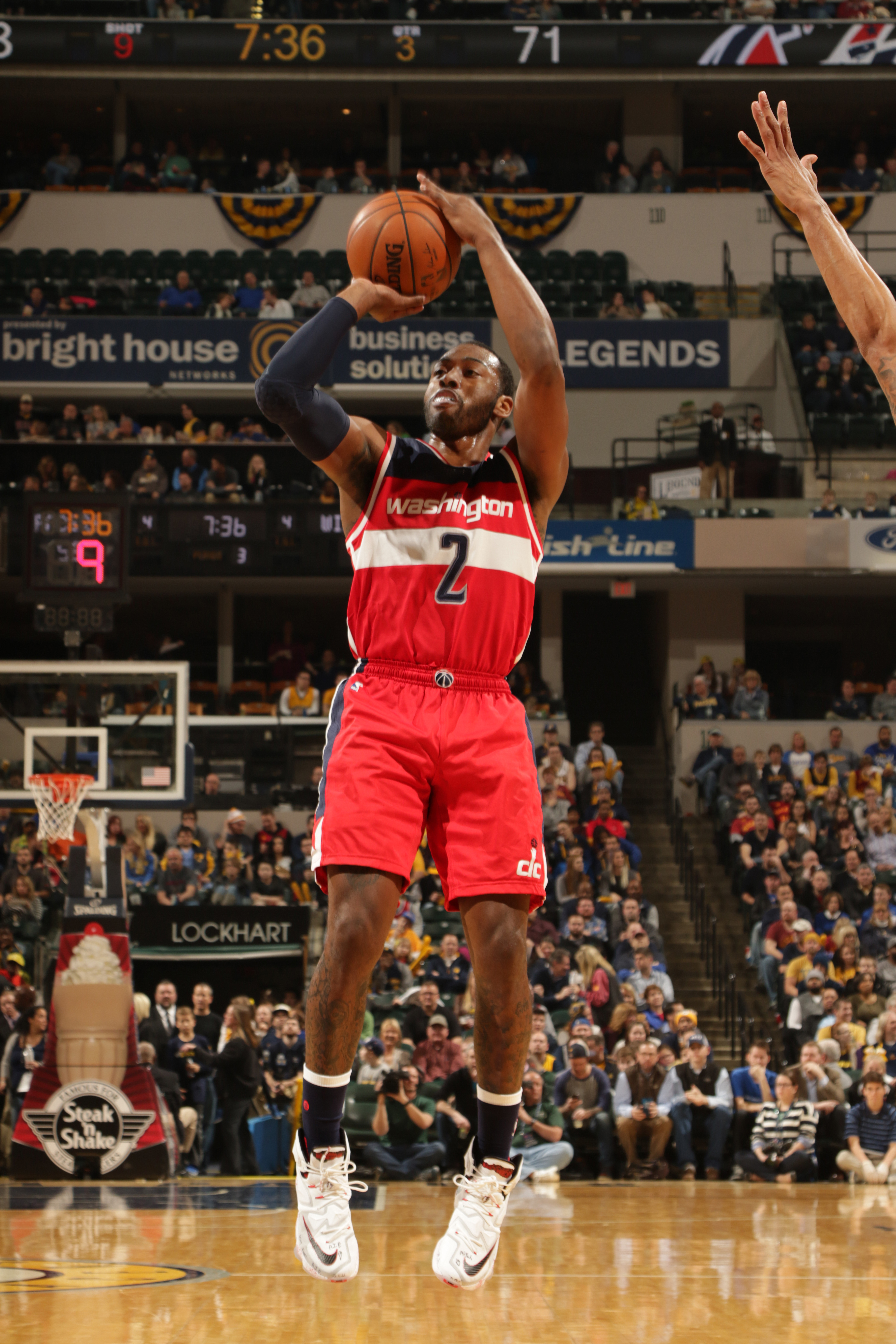 INDIANAPOLIS, IN - JANUARY 15: John Wall #2 of the Washington Wizards shoots the ball against the Indiana Pacers on January 15, 2016 at Bankers Life Fieldhouse in Indianapolis, Indiana. (Photo by Ron Hoskins/NBAE via Getty Images)