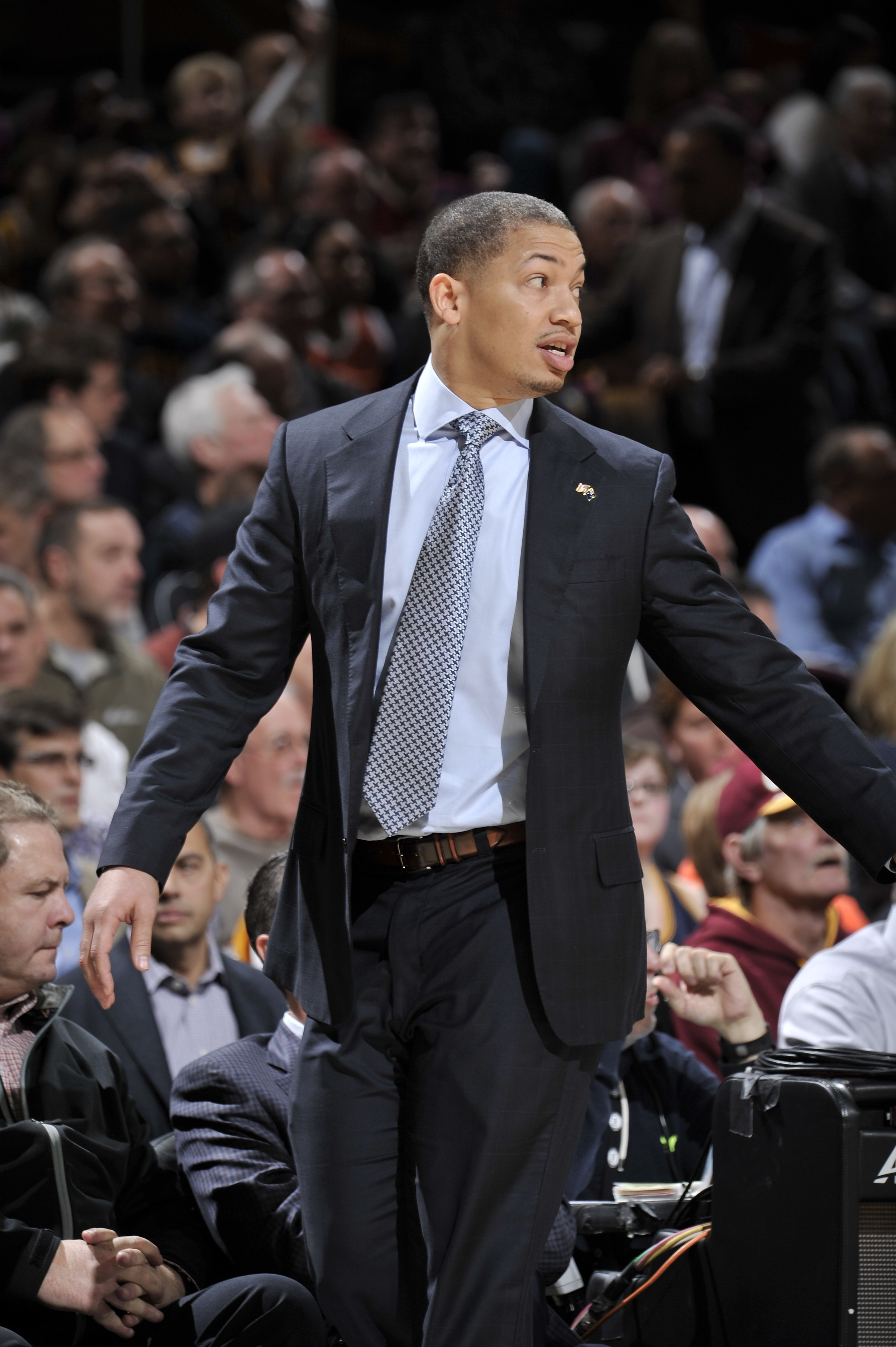 CLEVELAND, OH - JANUARY 25: Tyronn Lue of the Cleveland Cavaliers during the game against the Minnesota Timberwolves on January 25, 2016 at Quicken Loans Arena in Cleveland, Ohio. (Photo by David Liam Kyle/NBAE via Getty Images)