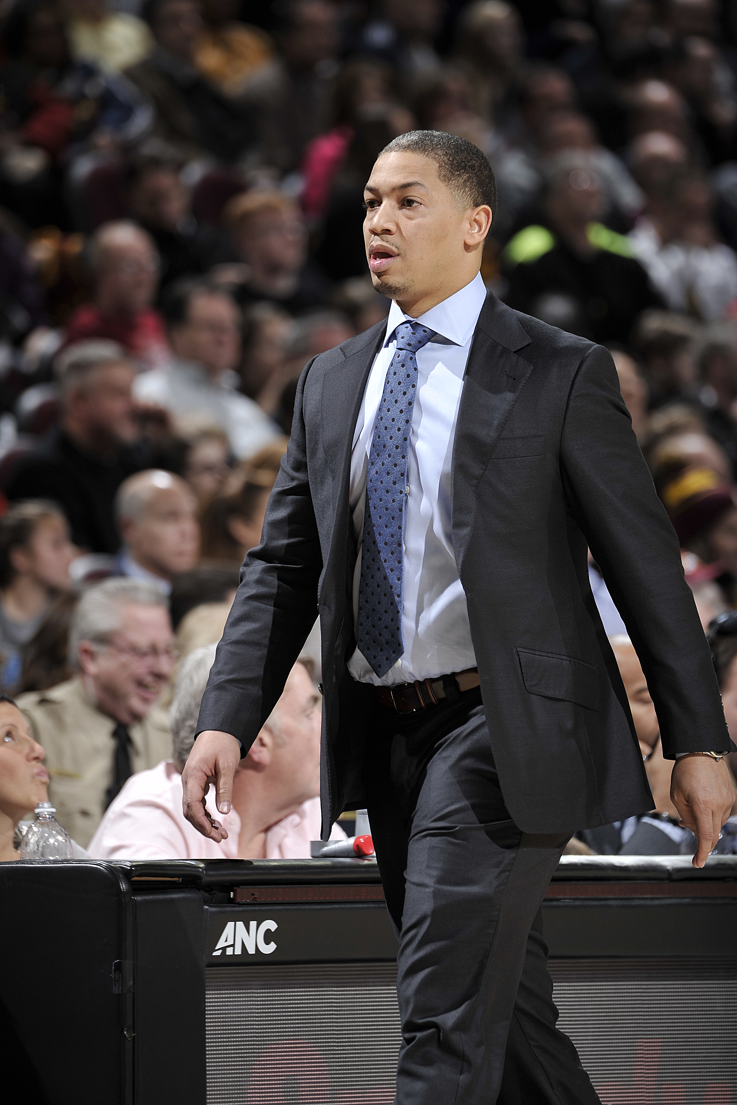 CLEVELAND, OH - JANUARY 27:  Head coach Tyronn Lue of the Cleveland Cavaliers looks on during the game against the Phoenix Suns on January 27, 2016 at Quicken Loans Arena in Cleveland, Ohio. (Photo by David Liam Kyle/NBAE via Getty Images)